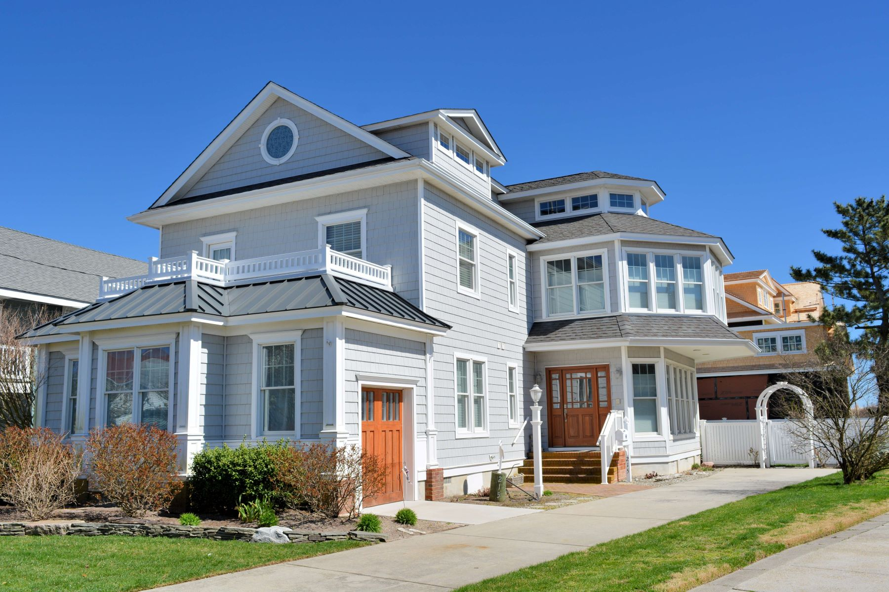 Single Family Home for Sale at Sophisticated Single Family Home 215 Ocean Road Ocean City, New Jersey 08226 United States