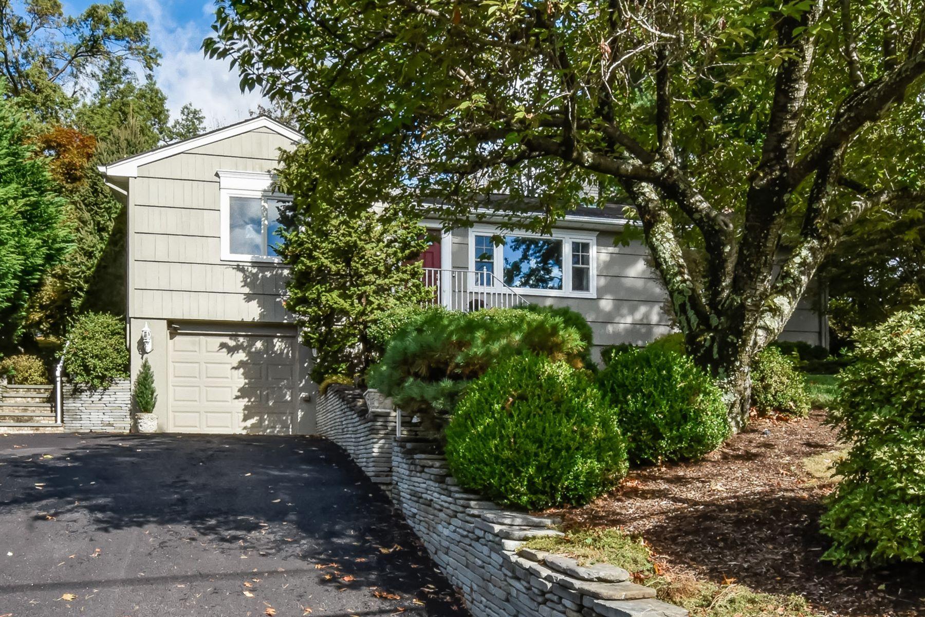 Single Family Homes por un Venta en Sophisticated Ranch 8 Knollwood Road Hanover, Nueva Jersey 07981 Estados Unidos