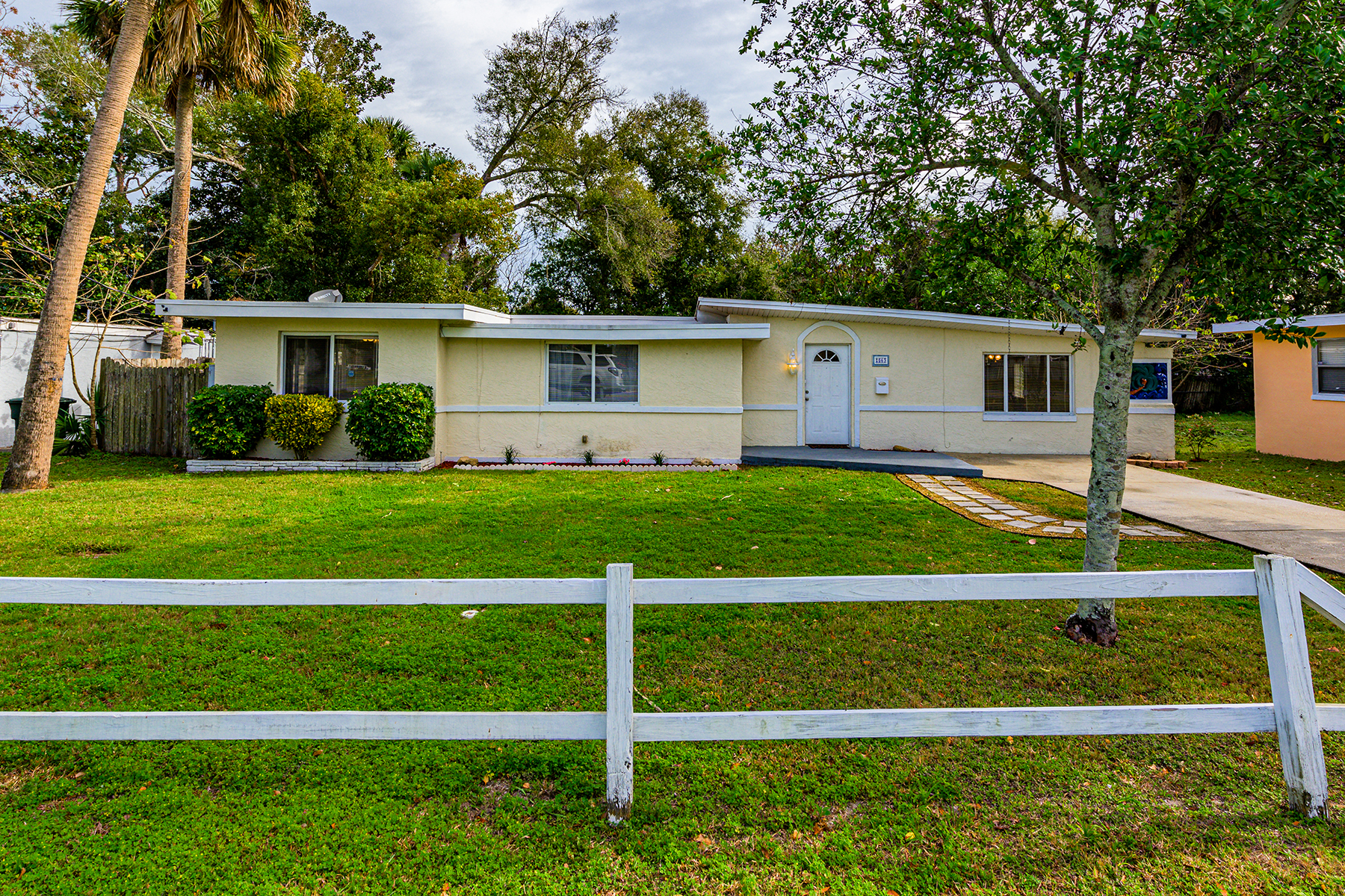 Single Family Homes for Active at Daytona Beach 563 Heineman St Daytona Beach, Florida 32114 United States
