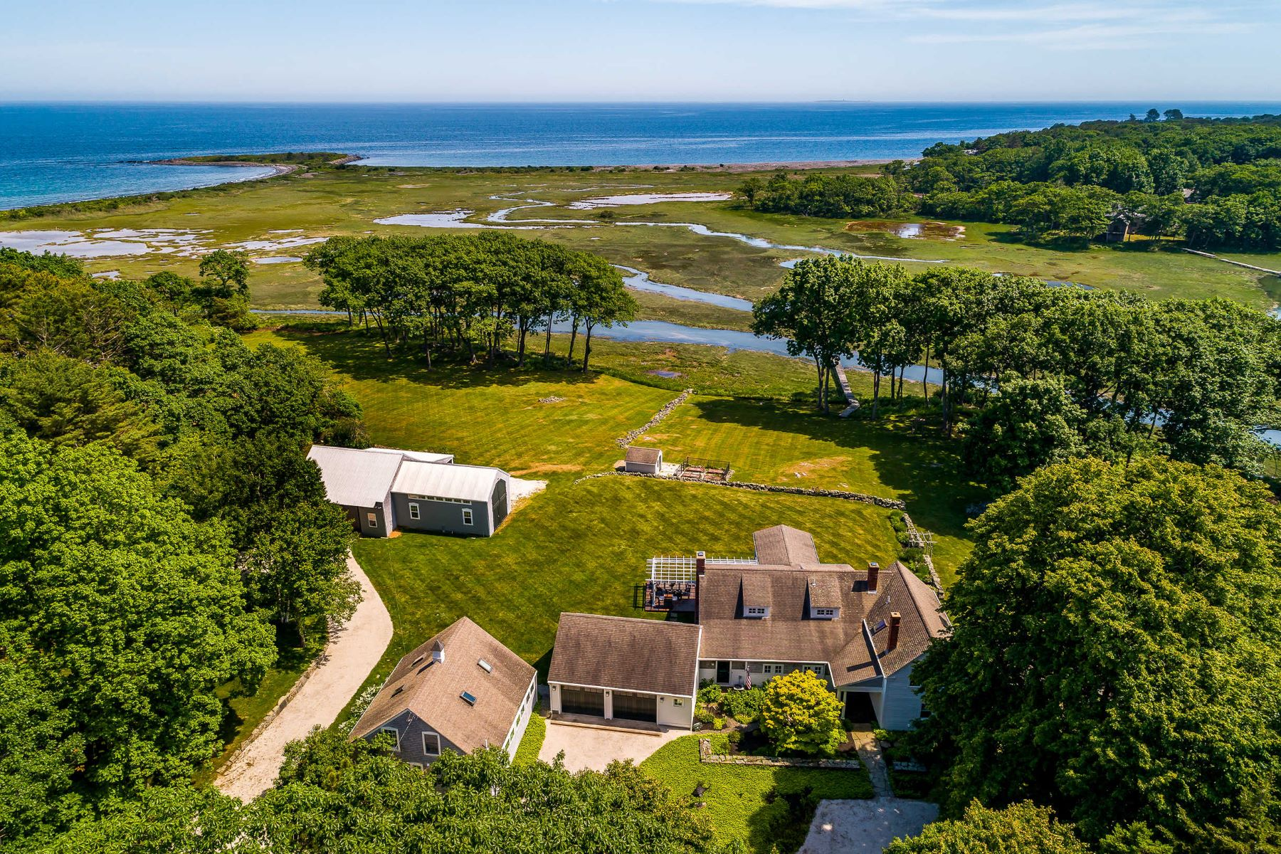 Single Family Homes for Active at Raynes Farmhouse on Cutts Island 14 Seapoint Road Kittery, Maine 03905 United States