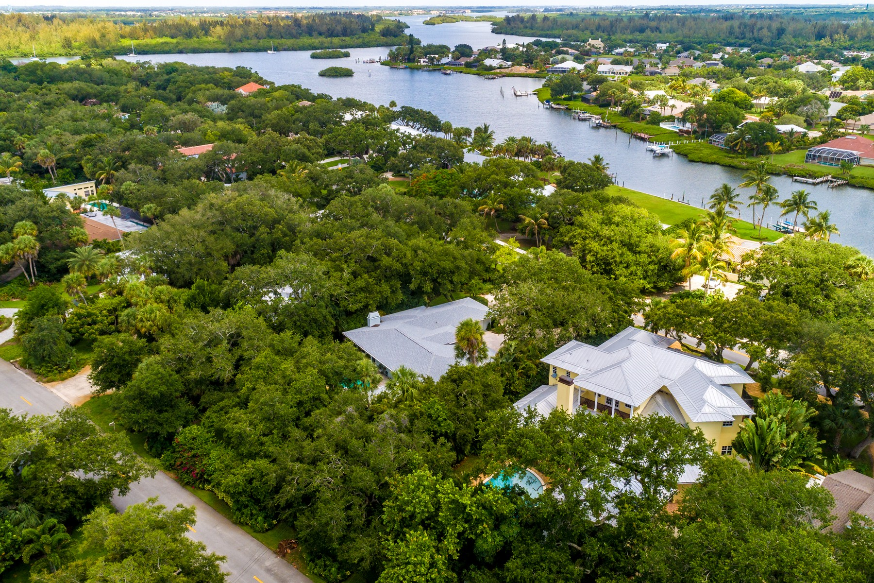 Additional photo for property listing at Private Island Estate 422 Live Oak Road Vero Beach, Florida 32963 United States