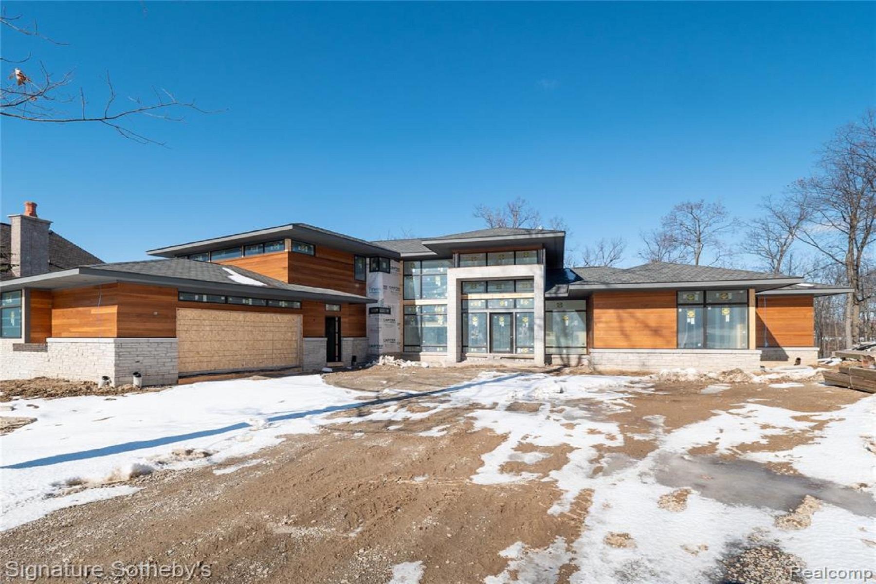 Single Family Homes para Venda às Bloomfield Hills 2718 Turtle Lake Drive, Bloomfield Hills, Michigan 48302 Estados Unidos