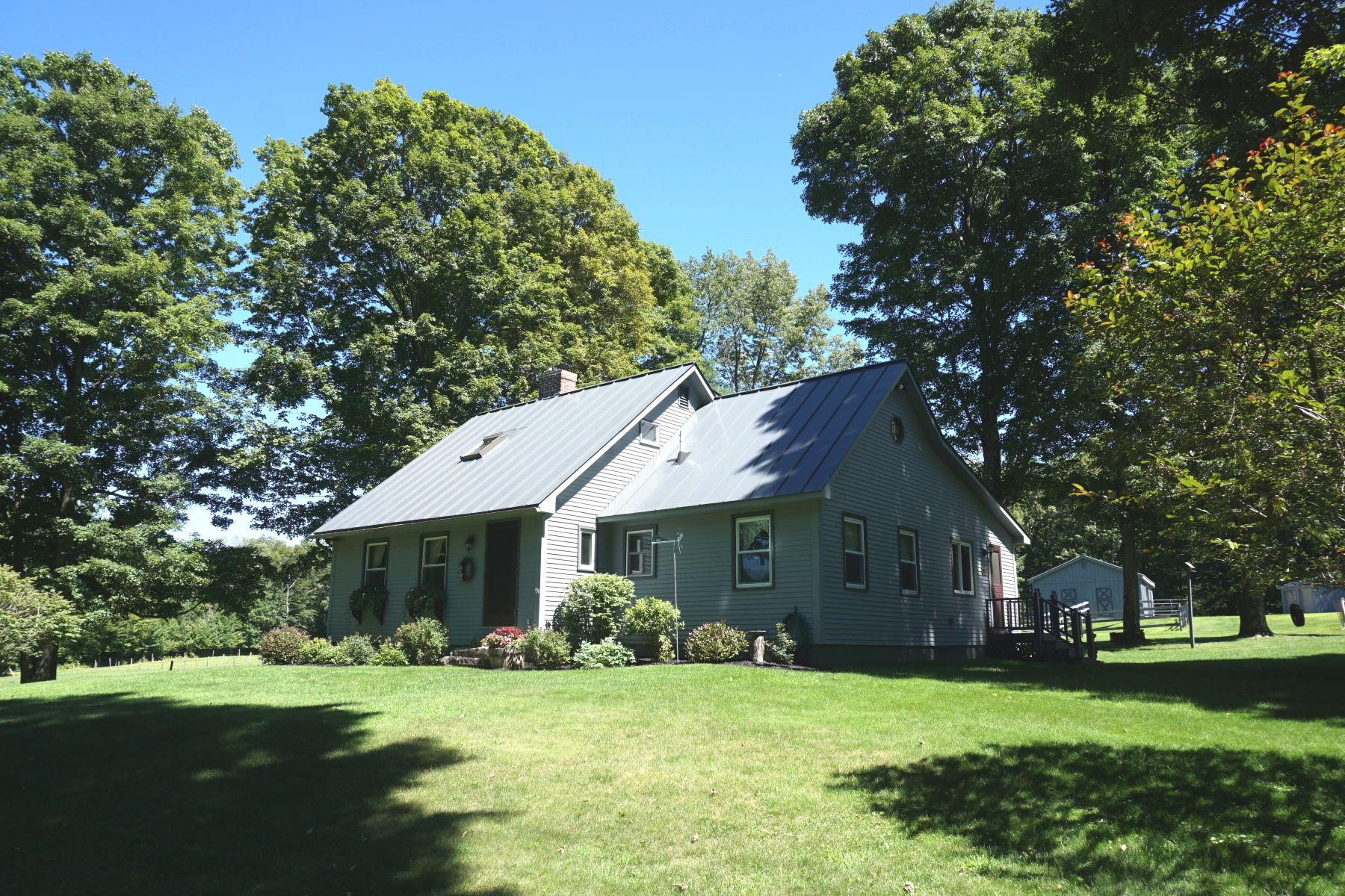 single family homes for Sale at Beautiful Horse Property 123 Upper Gulf Rd Tinmouth, Vermont 05773 United States