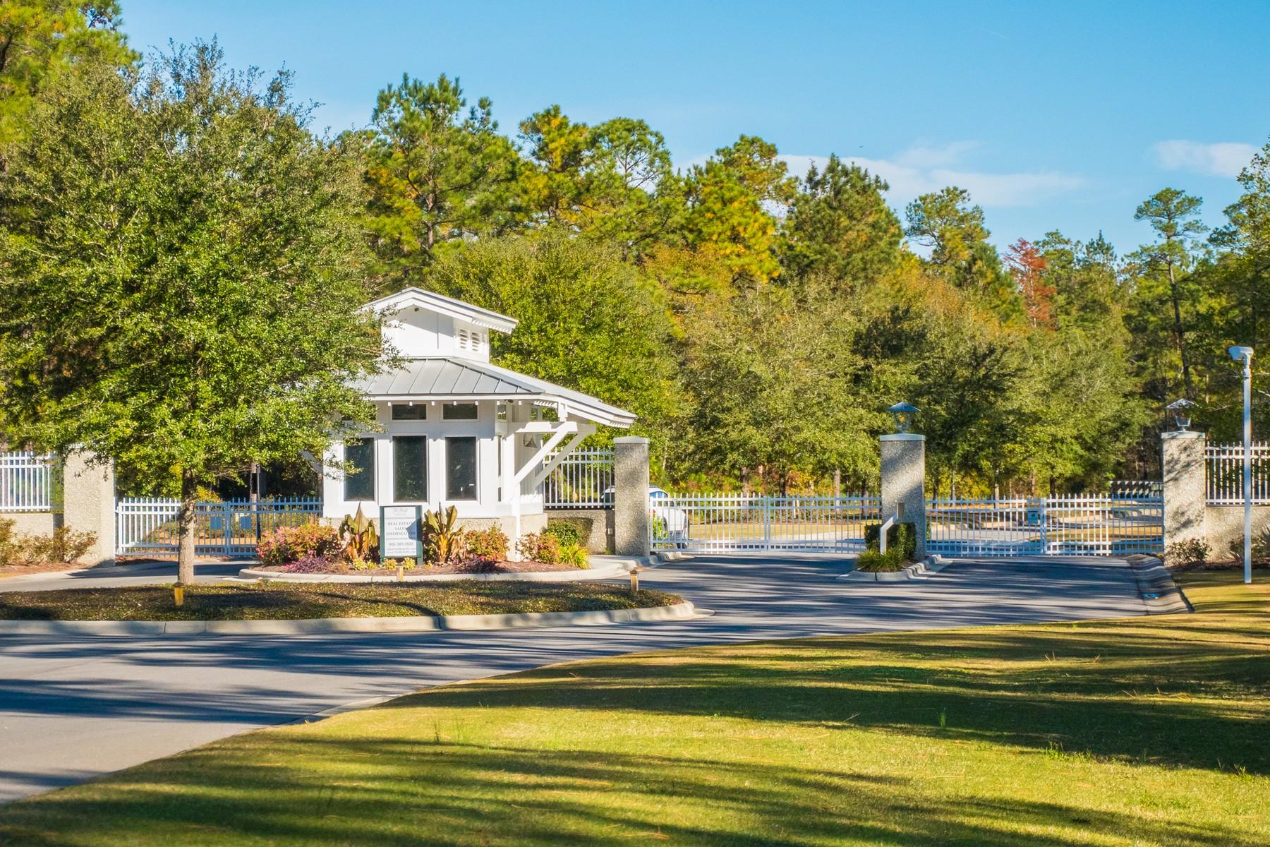 أراضي للـ Sale في Discreet Wooded Lot In Gated Riverfront Community 9612 Fallen Pear Lane NE, Leland, North Carolina, 28451 United States