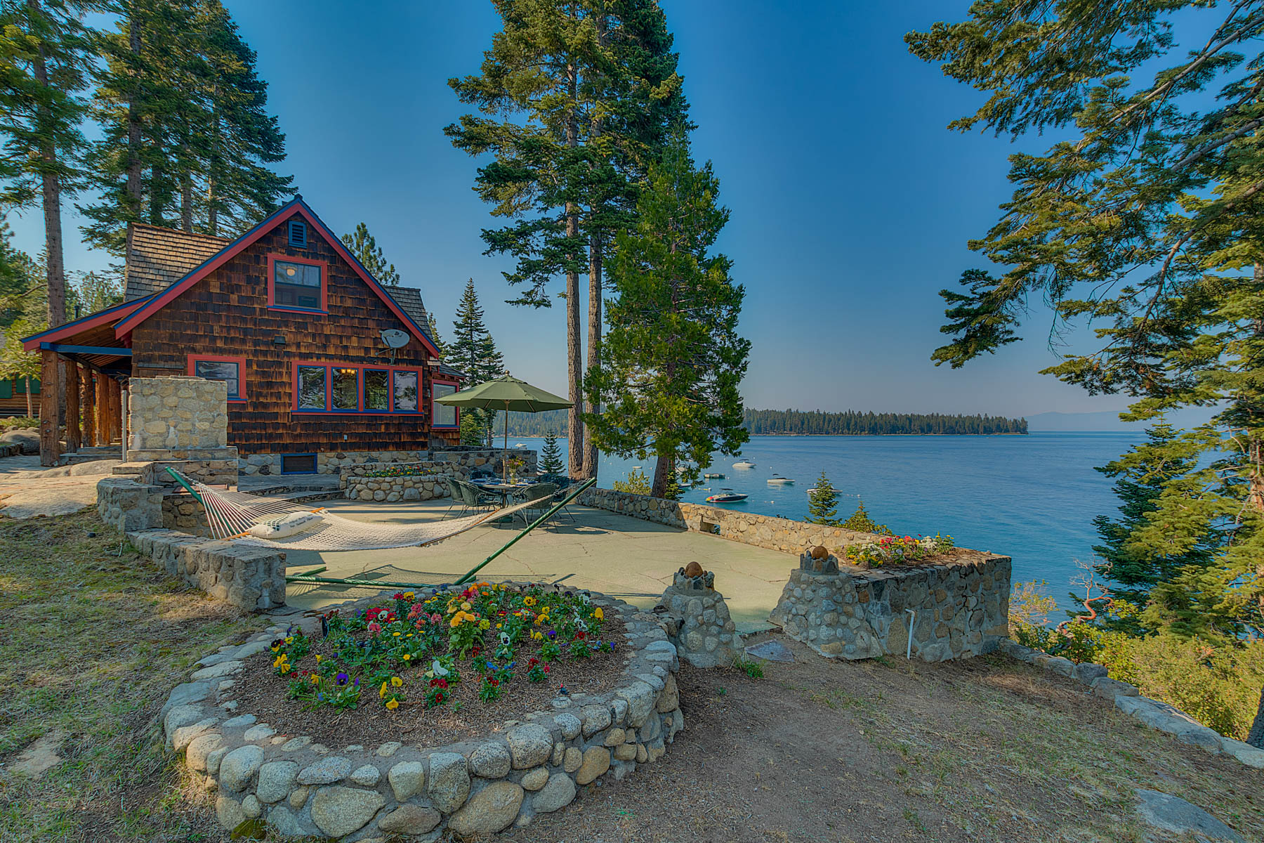 Single Family Homes 为 销售 在 Boulder Point on Meeks Bay 8307 Meeks Bay Avenue Tahoma, ?????? 96142 ??