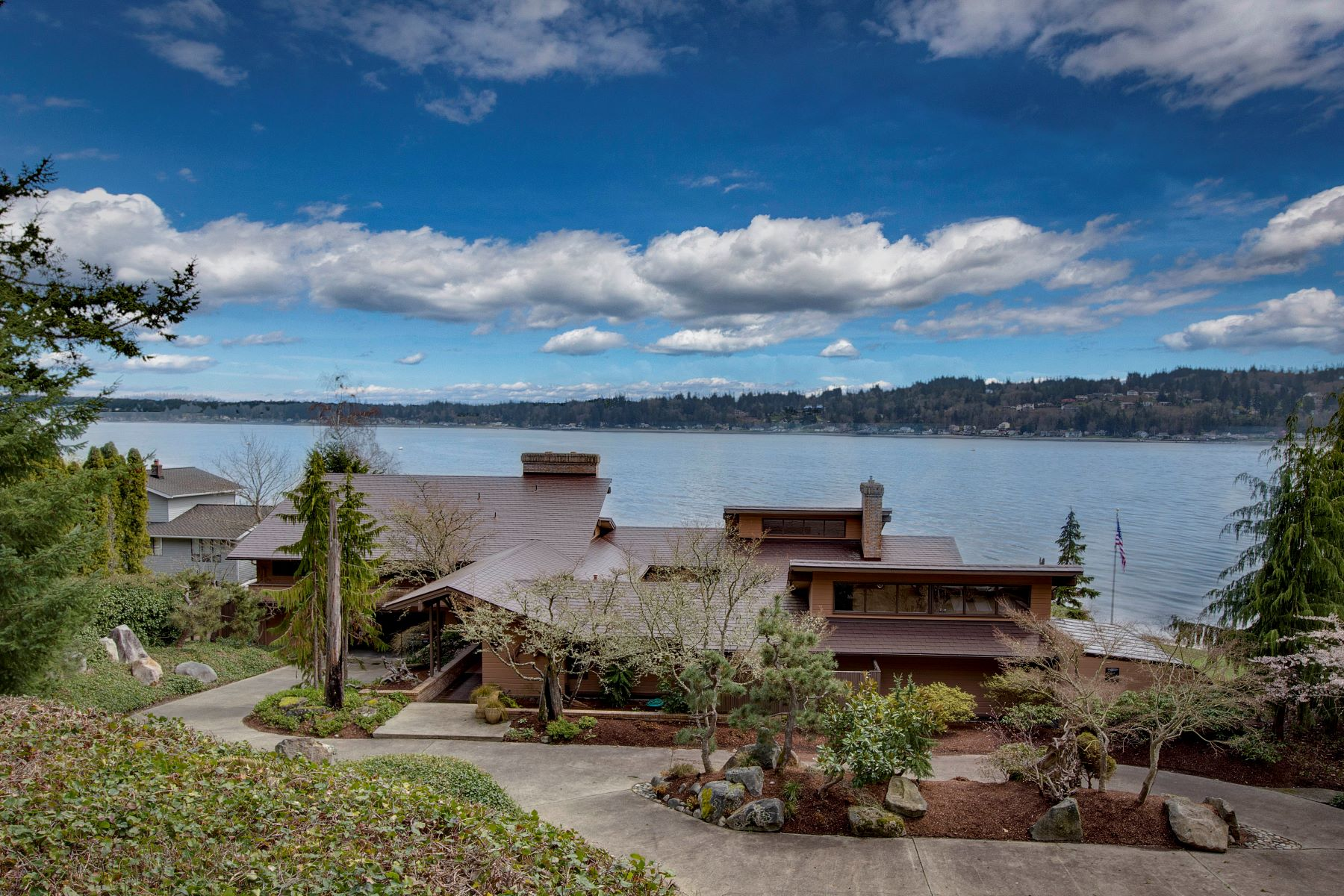 Single Family Home for Sale at Magnificent Waterfront Estate 1334 Jacobsen Blvd Bremerton, Washington 98310 United States