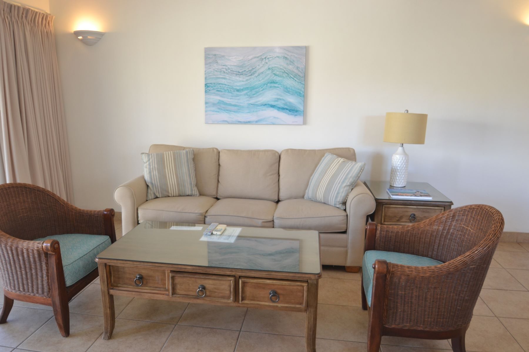 Additional photo for property listing at Reef Residences Reef Residences Grace Bay, Providenciales TKCA 1ZZ Islas Turcas Y Caicos
