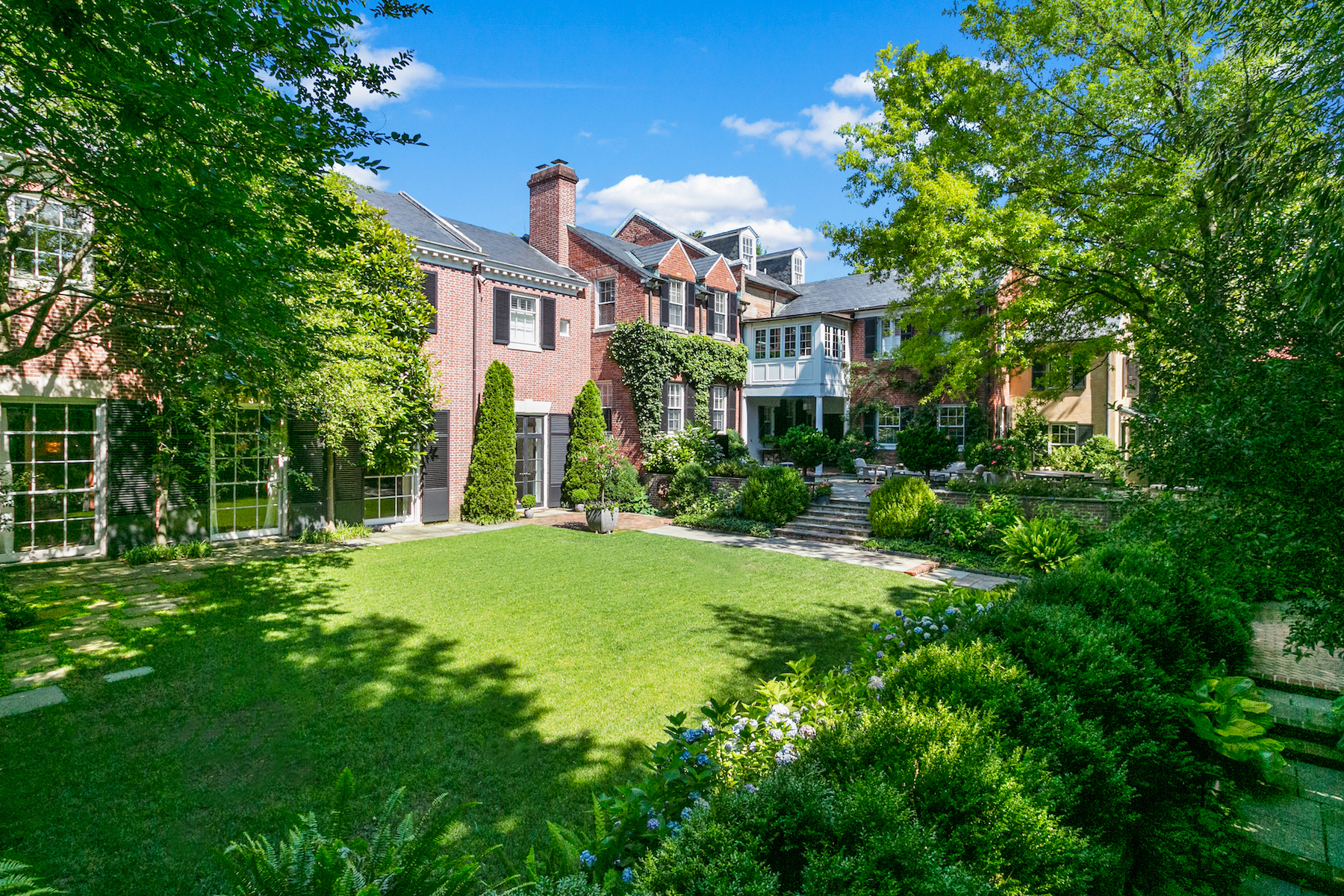 Single Family Homes for Sale at Georgetown Estate 1405 34th St NW Washington, District Of Columbia 20007 United States