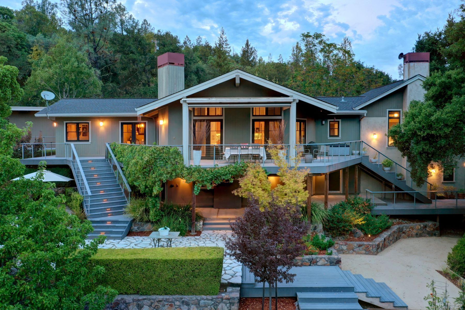 Single Family Homes 为 销售 在 Serene Zen-like Private Gated Setting 1677 Whitehall Lane 海伦娜, 加利福尼亚州 94574 美国