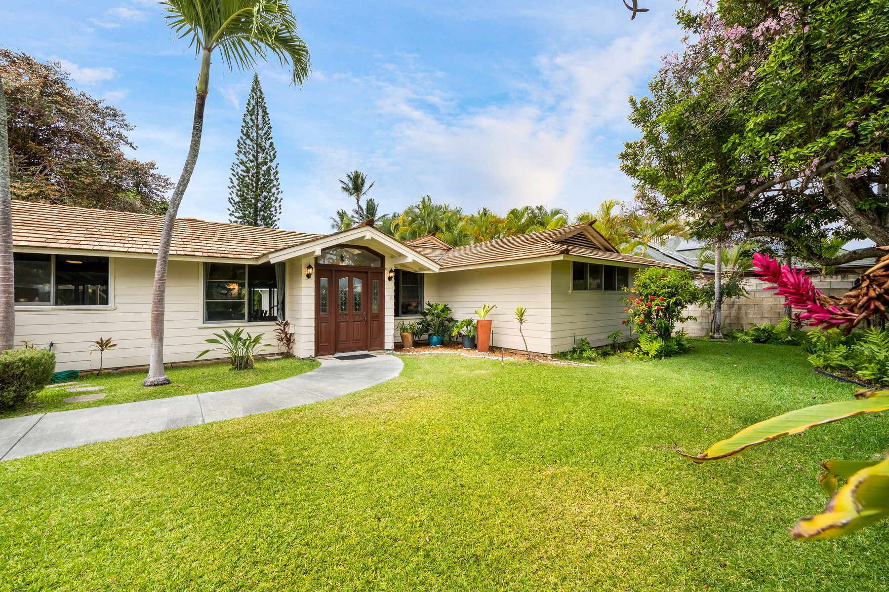 Single Family Home for Sale at Kuulei Tract Beauty 106 S Kainalu Dr Kailua, Hawaii 96734 United States