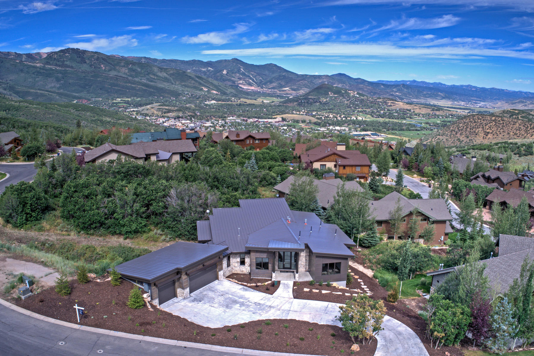 一戸建て のために 売買 アット New Contemporary Construction in Royal Oaks at Deer Valley 3775 Sun Ridge Dr Park City, ユタ, 84060 アメリカ合衆国