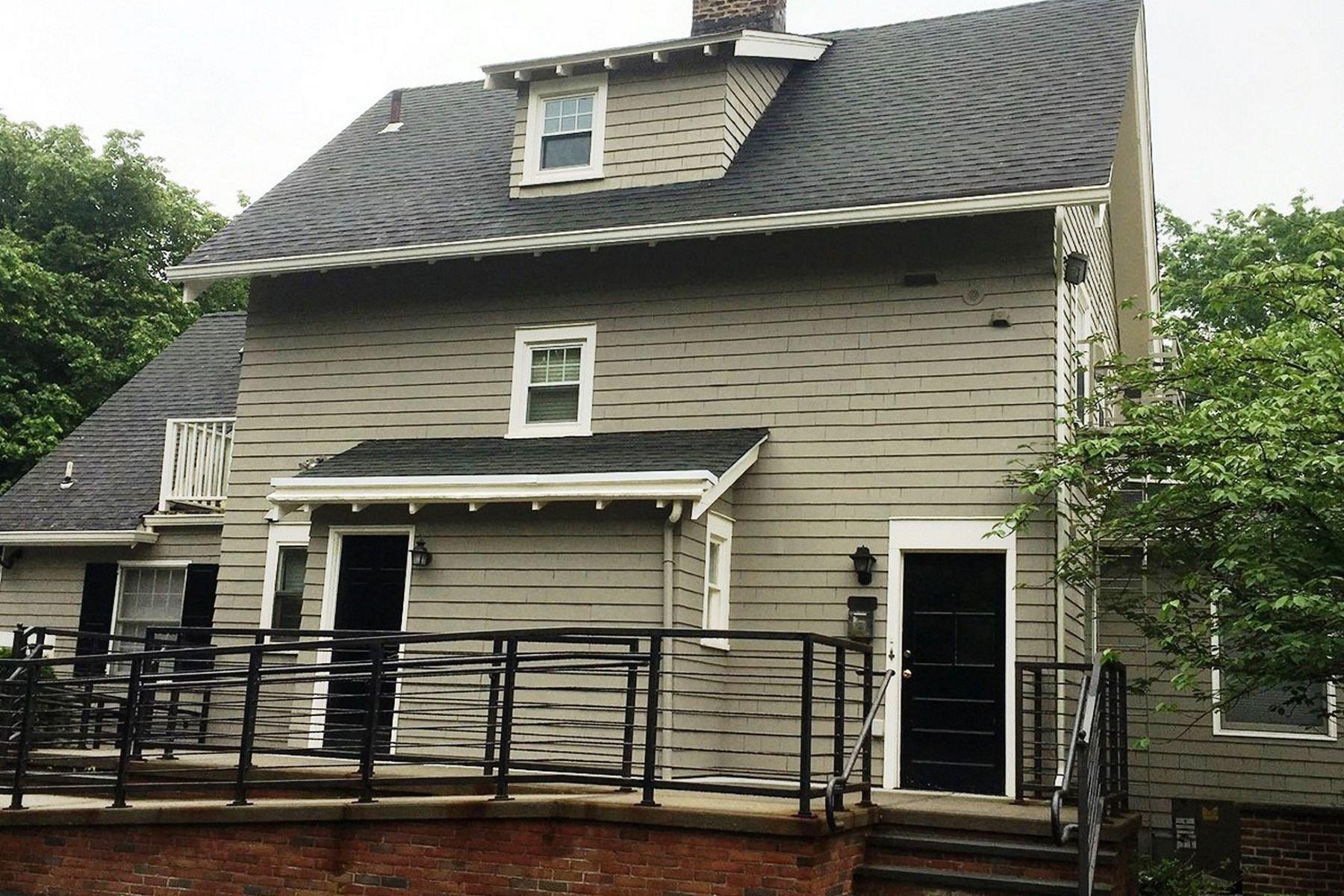 Другая жилая недвижимость для того Аренда на Open Floor Plan 736 Valley Road 2nd floor Montclair, Нью-Джерси, 07043 Соединенные Штаты