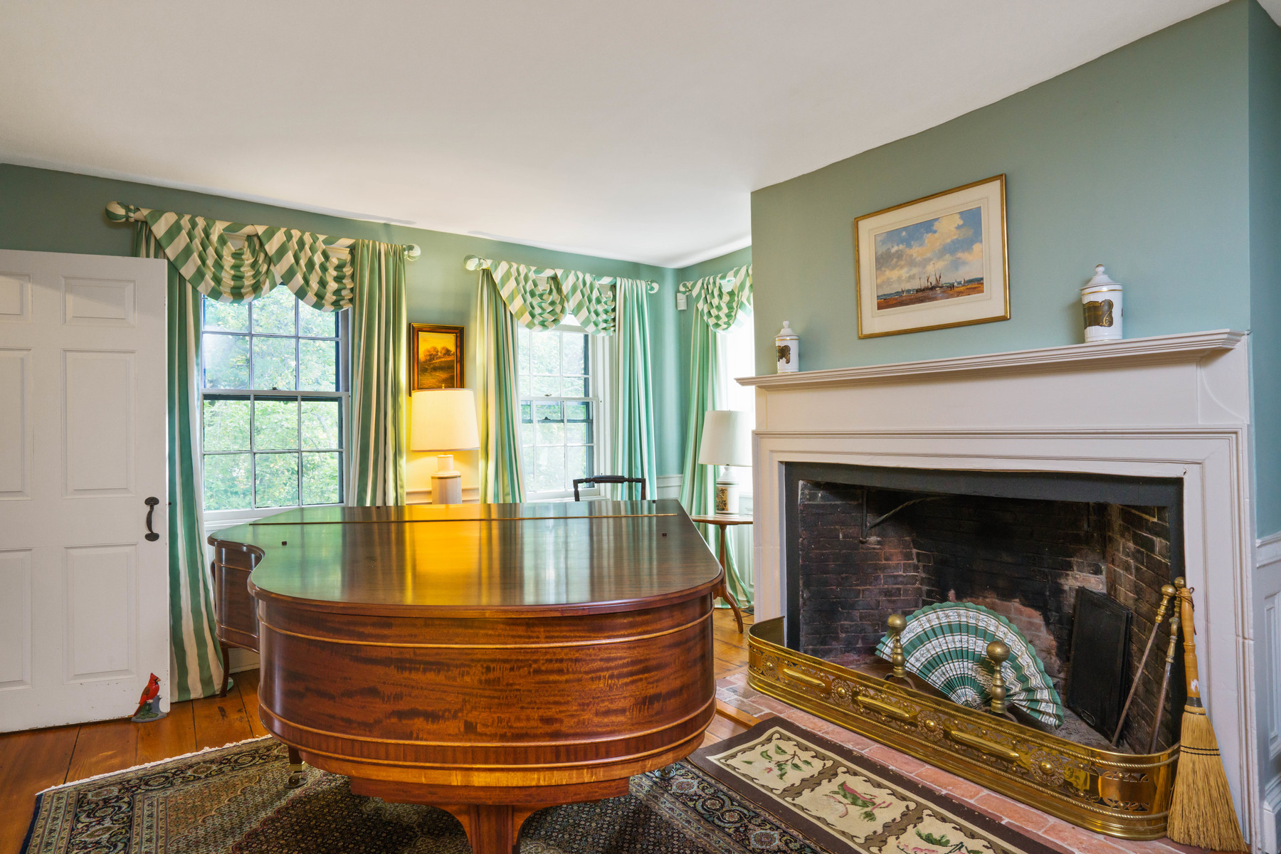 Additional photo for property listing at 468 Highland Street, Hamilton  Hamilton, Massachusetts 01982 United States