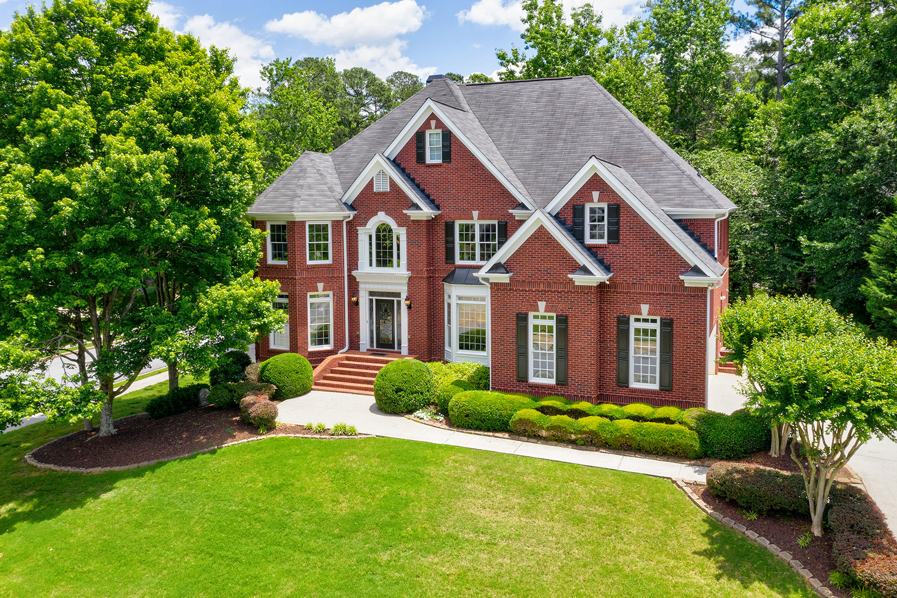 Single Family Homes for Sale at Beautiful Home In Amberfield, Peachtree Corners! 5120 Wild Ginger Cove Peachtree Corners, Georgia 30092 United States