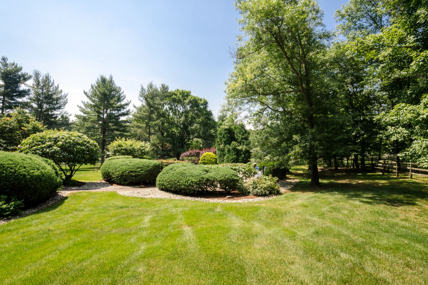 Additional photo for property listing at You Just Won't Match This One 72 West Shore Drive, Pennington, New Jersey 08534 United States