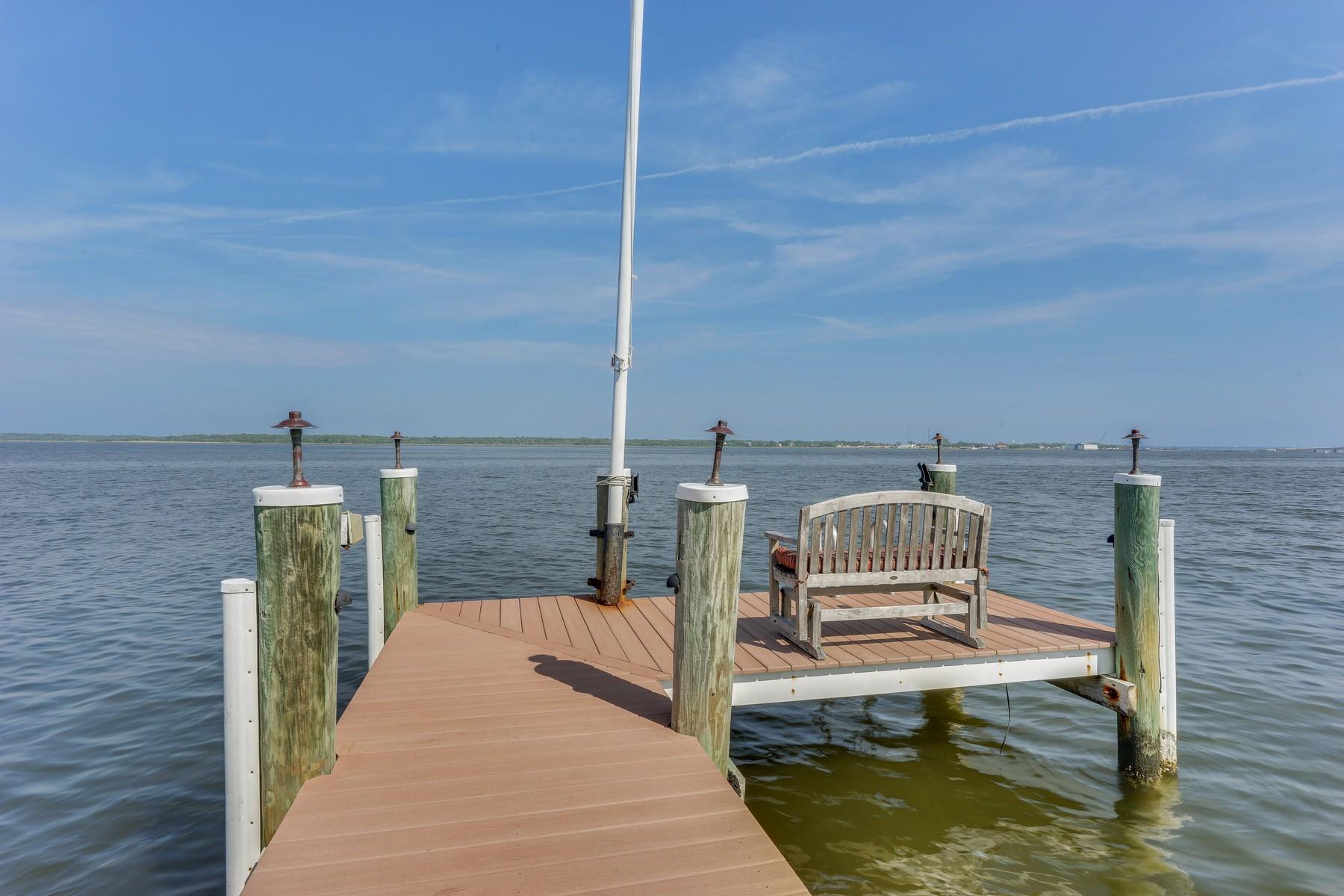 獨棟家庭住宅 為 出售 在 Bayfront Beauty 209 Curtis Point Drive Brick, 新澤西州 08738 美國