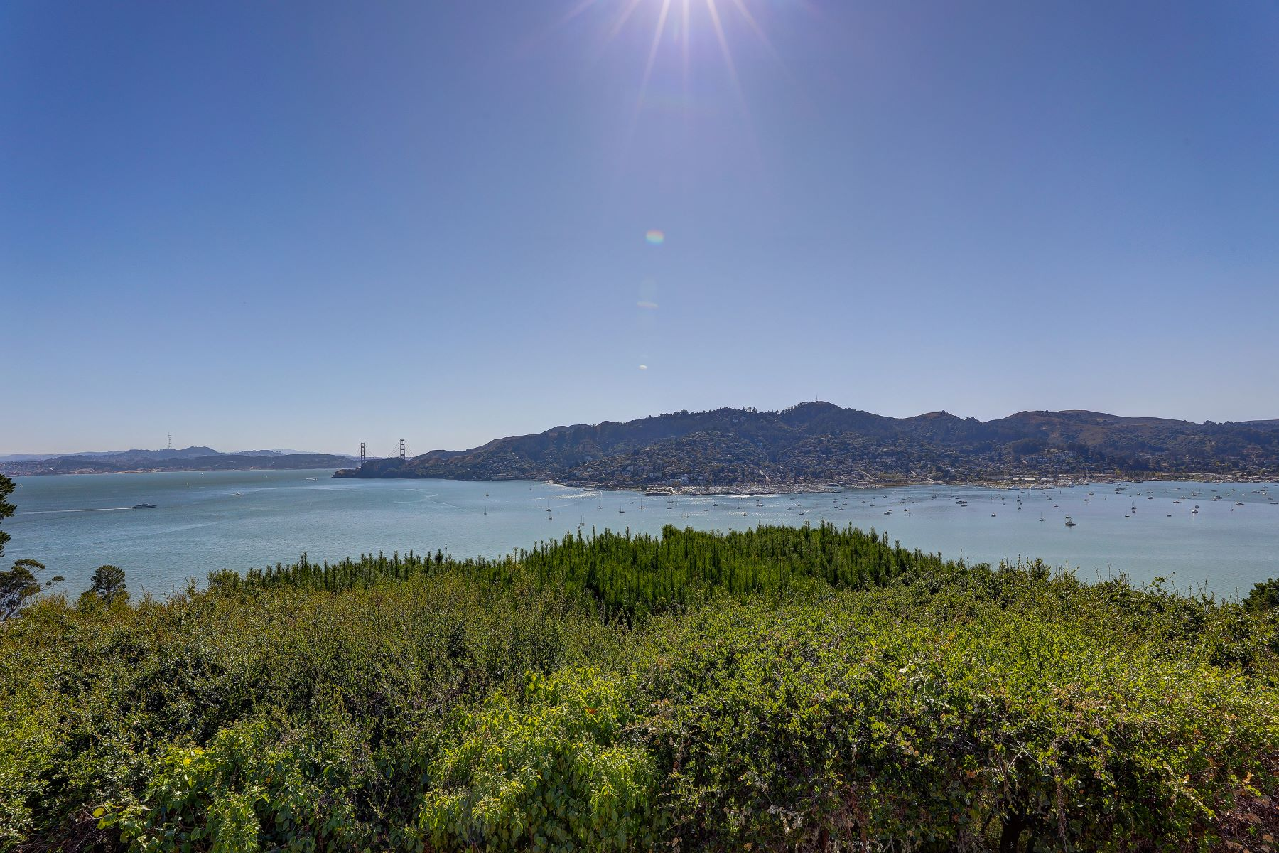 Land for Sale at Commi 12 Crest Rd Belvedere, California 94920 United States