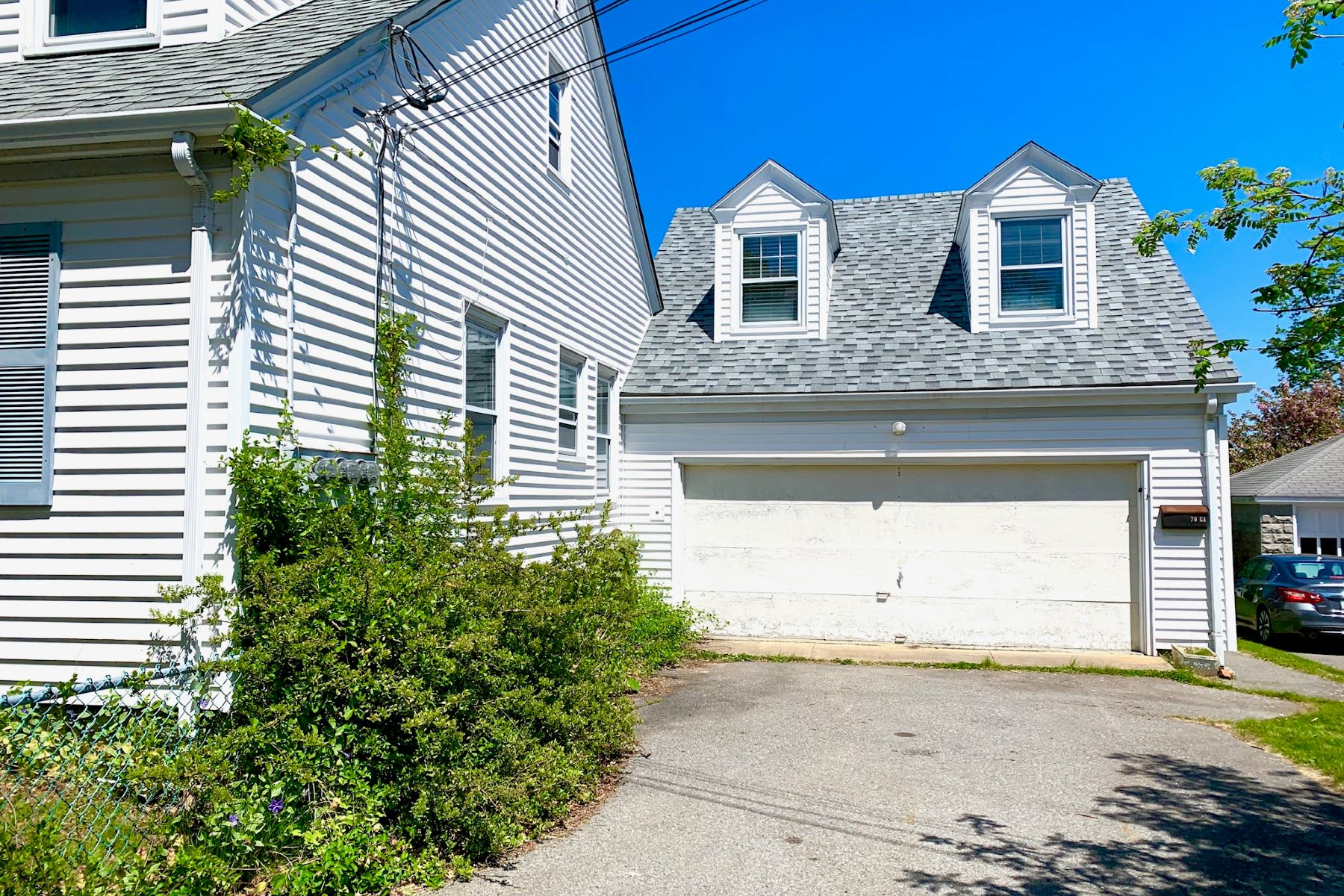Additional photo for property listing at Rare Opportunity in Desirable Neighborhood 70 A Roseneath Avenue Newport, Rhode Island 02840 United States