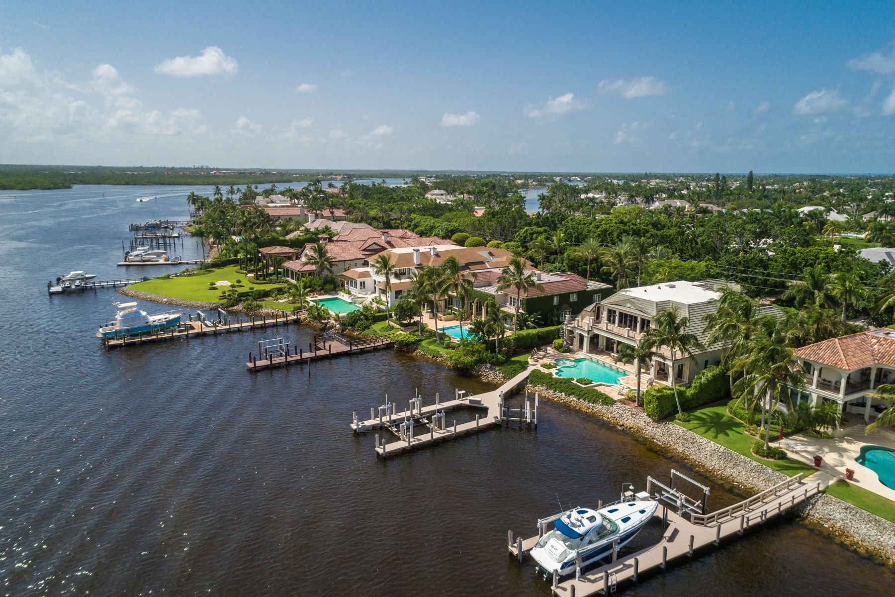 single family homes for Active at PORT ROYAL 1081 Galleon Drive Naples, Florida 34102 United States