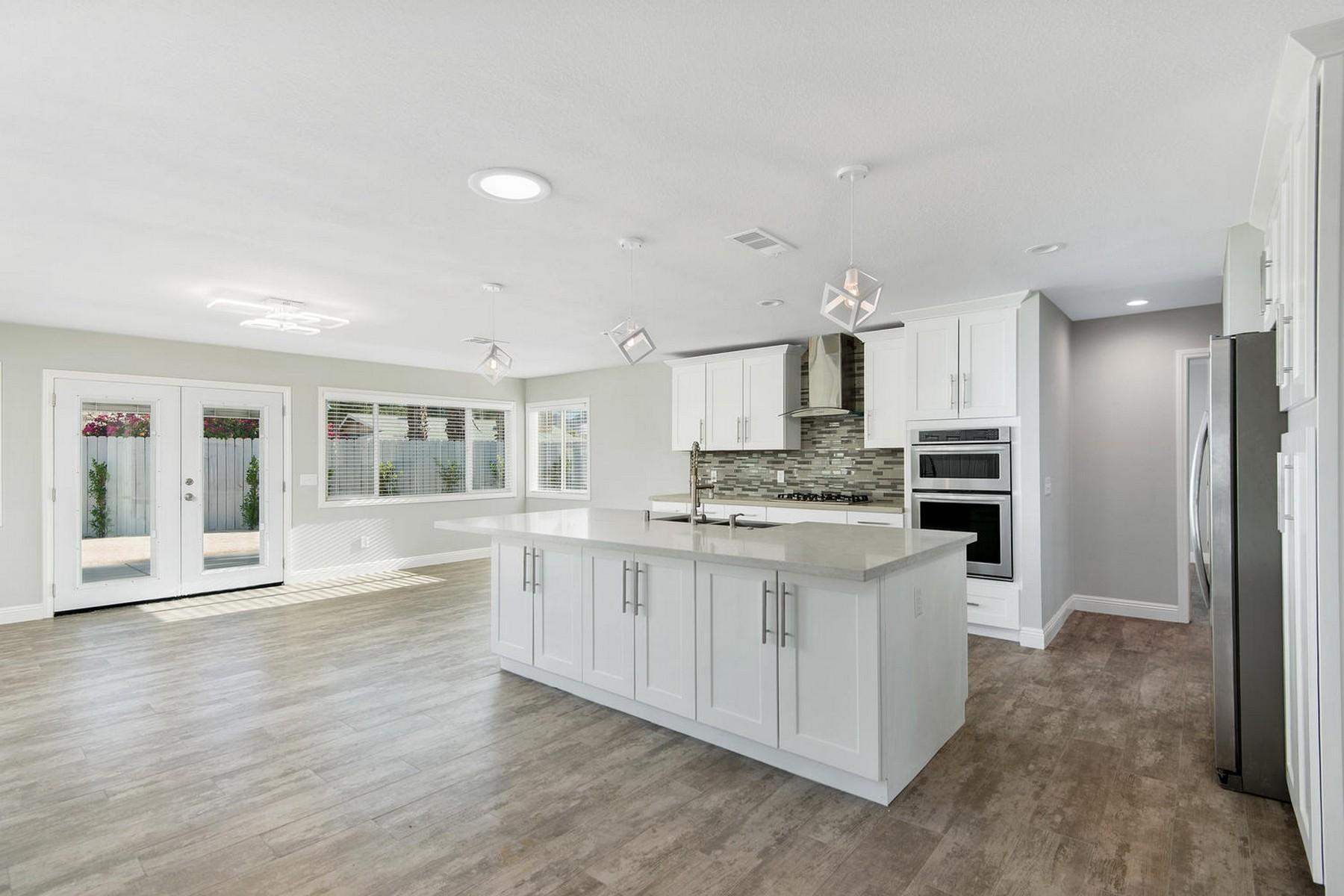 Maison unifamiliale pour l à vendre à 77315 Missouri Drive Palm Desert, Californie, 92211 États-Unis