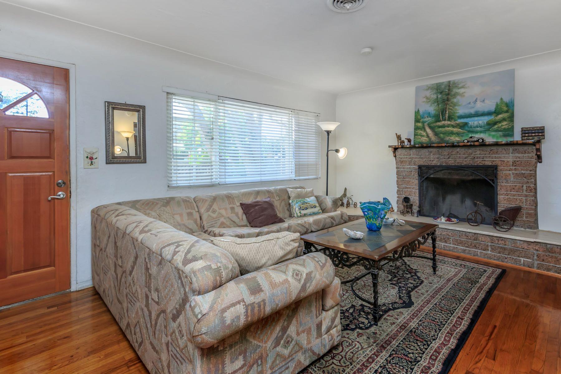Multi-Family Homes por un Venta en 647 San Dieguito Drive Encinitas, California 92024 Estados Unidos