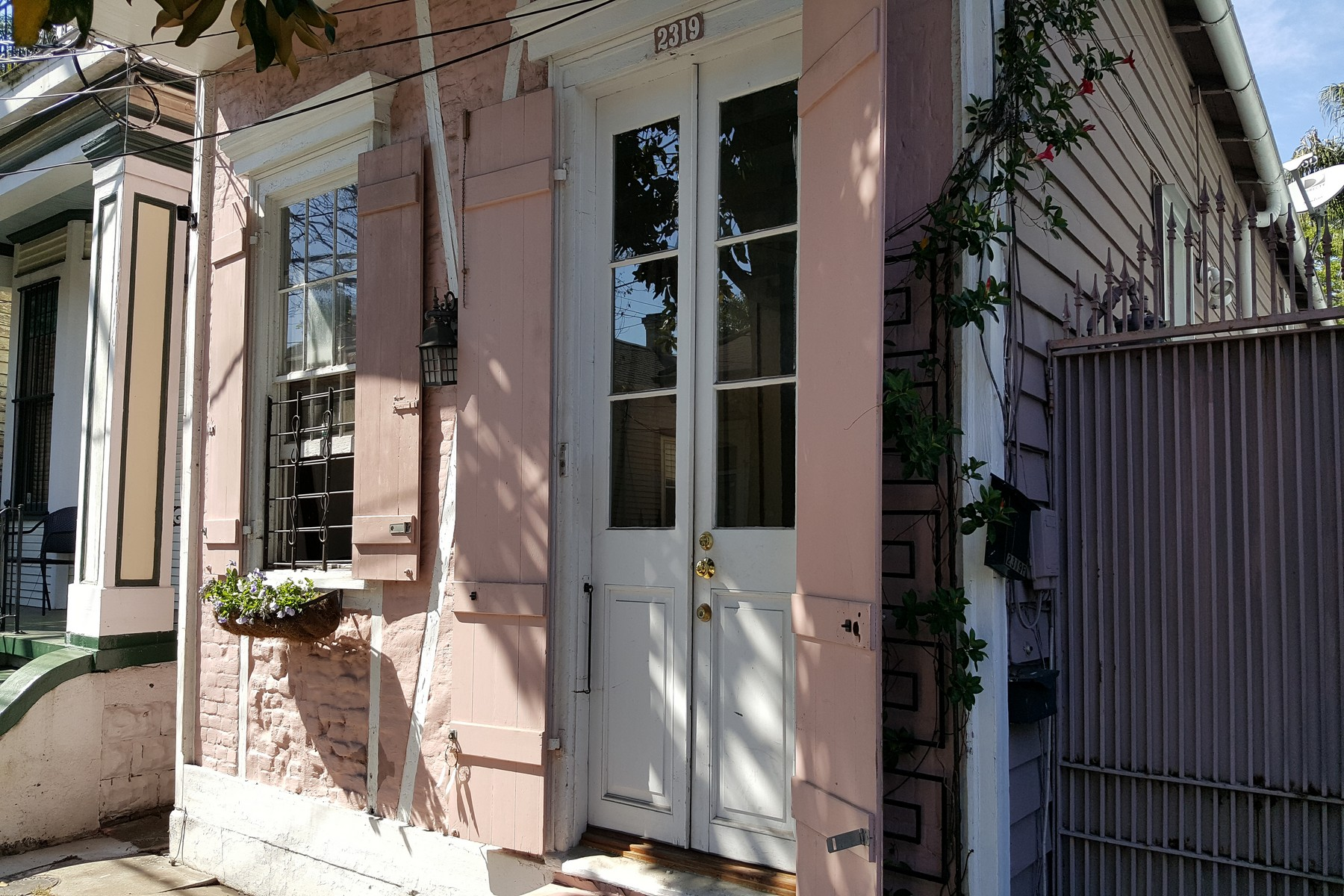 Condominium for Sale at 2319 Dauphine Street, #F 2319 Dauphine St #F New Orleans, Louisiana 70117 United States