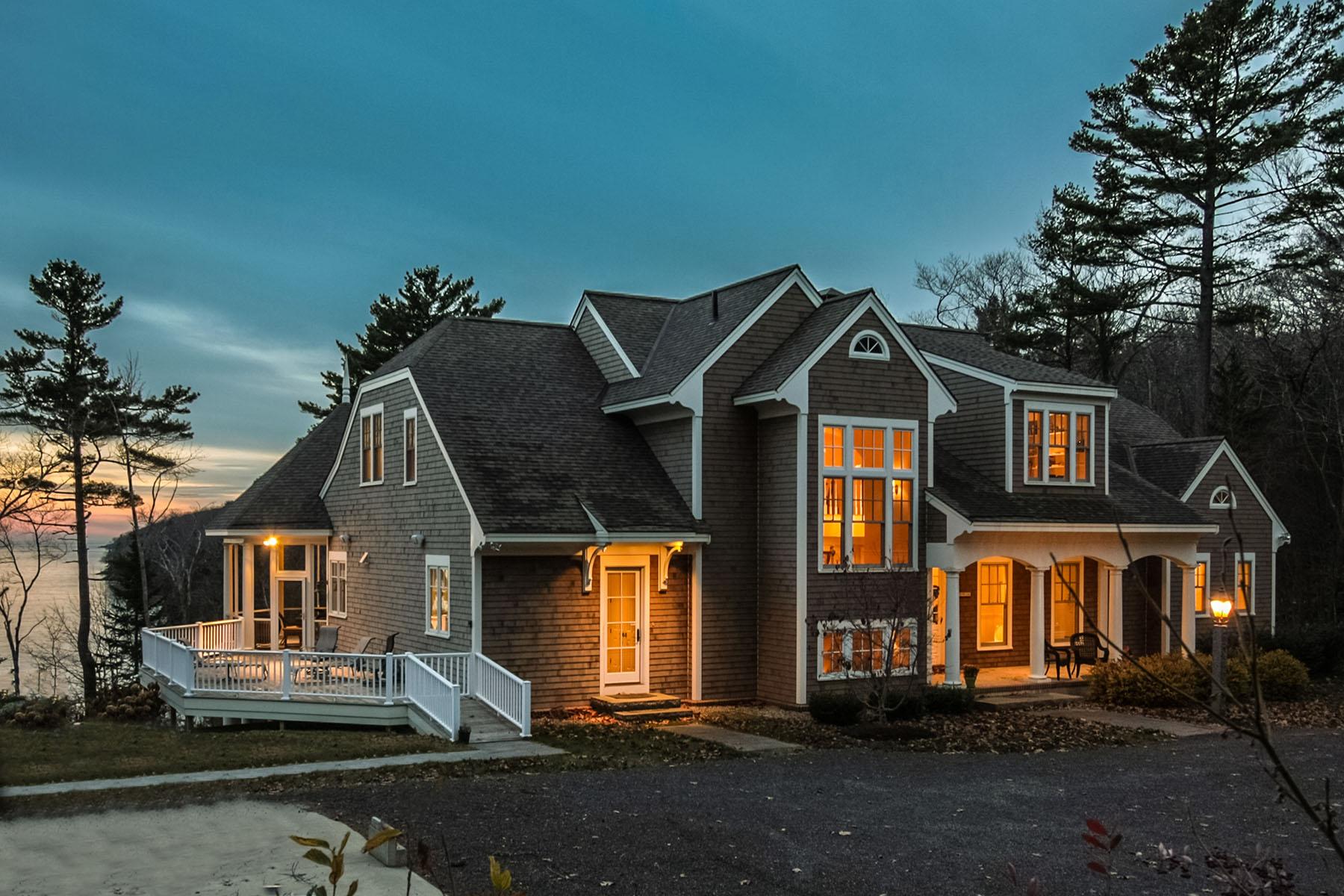 Maison unifamiliale pour l Vente à 1199 State Route 32 Bristol, Maine, 04564 États-Unis