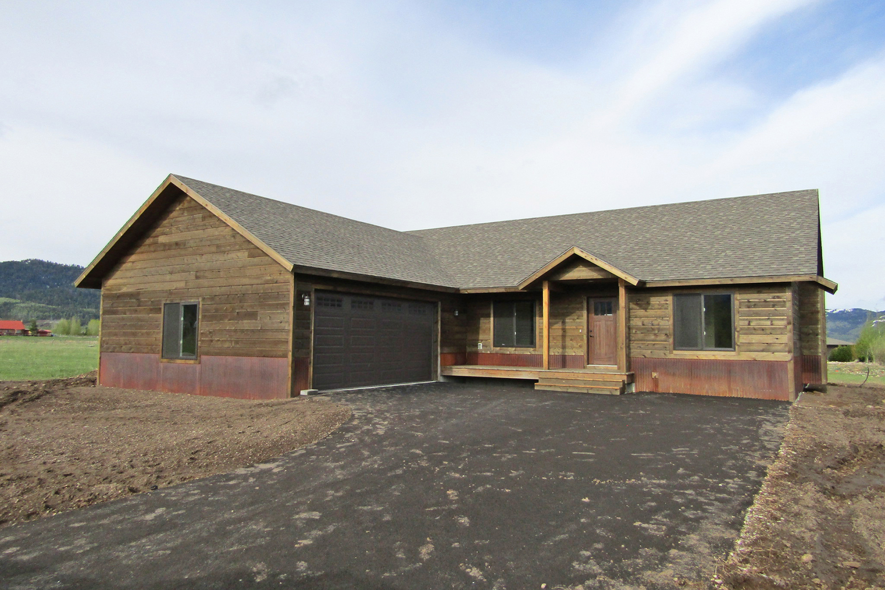 Single Family Home for Active at 9288 Shelby St Victor, Idaho 83455 United States