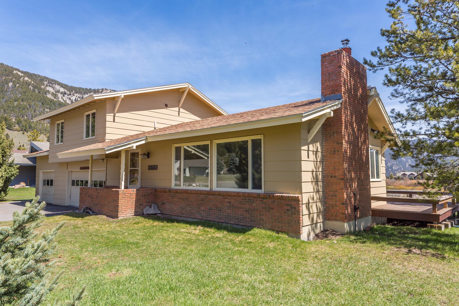 Maison unifamiliale pour l Vente à Golf Course Home 2160 Spotted Elk Big Sky, Montana, 59716 États-Unis