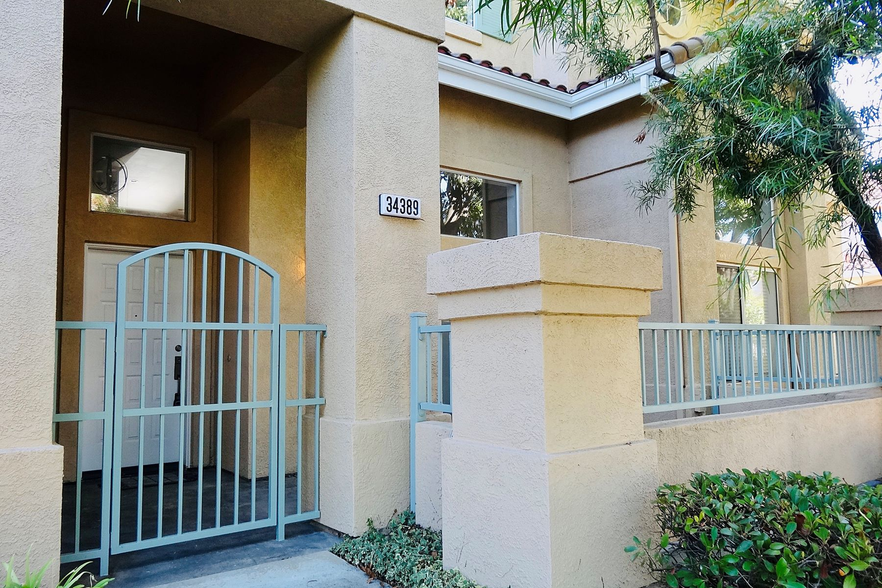 townhouses for Sale at Ardenwood Beauty 34389 Anzio Terrace #23 Fremont, California 94555 United States