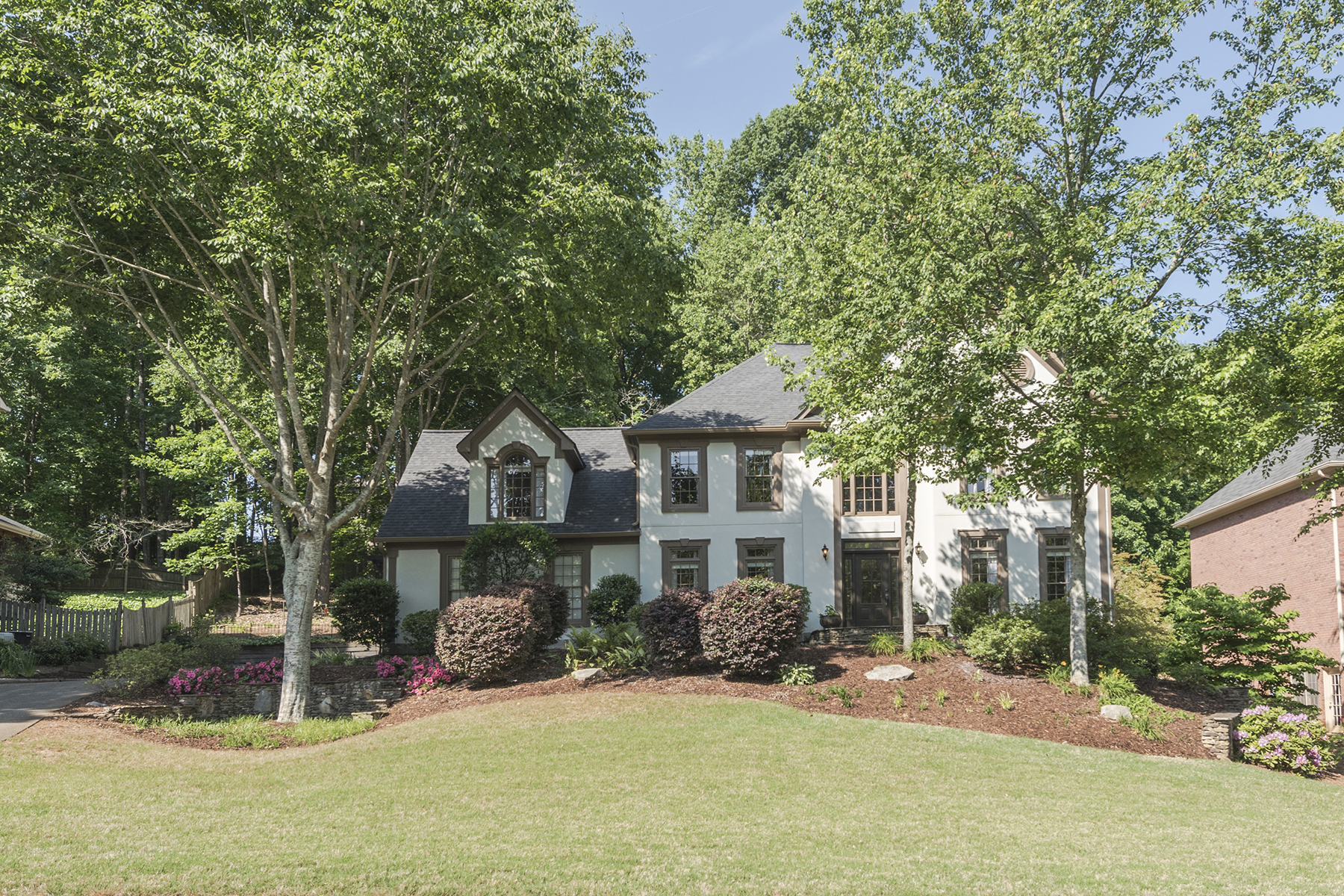 Single Family Home for Sale at Outdoor Living At Its Best Perfect For Entertaining! 110 Kensington Pond Ct Roswell, Georgia 30075 United States