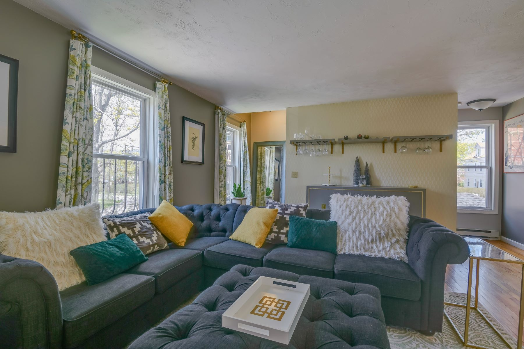 Additional photo for property listing at Stylish Condo Alternative 78 Middleton Avenue Newport, Rhode Island 02840 United States