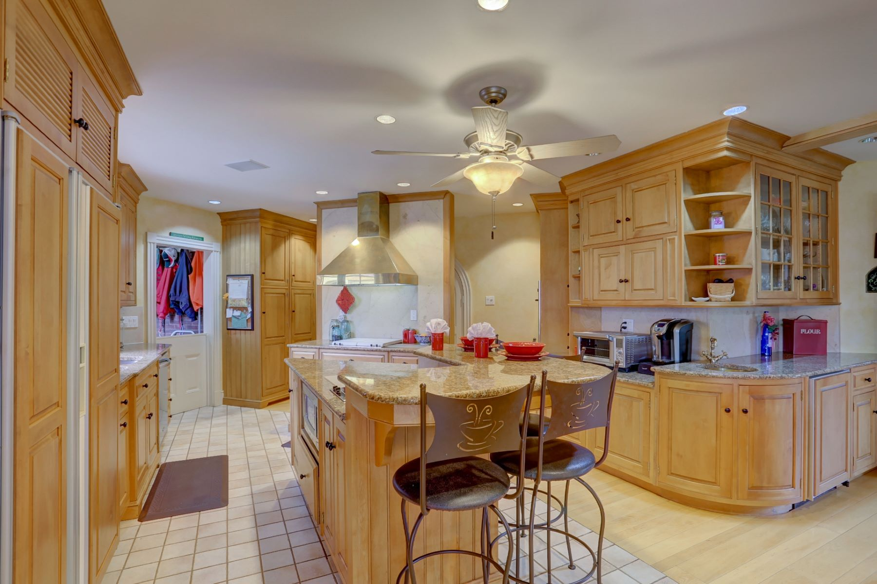 Additional photo for property listing at 2380 Donegal Springs Road  玛丽埃塔, 宾夕法尼亚州 17547 美国
