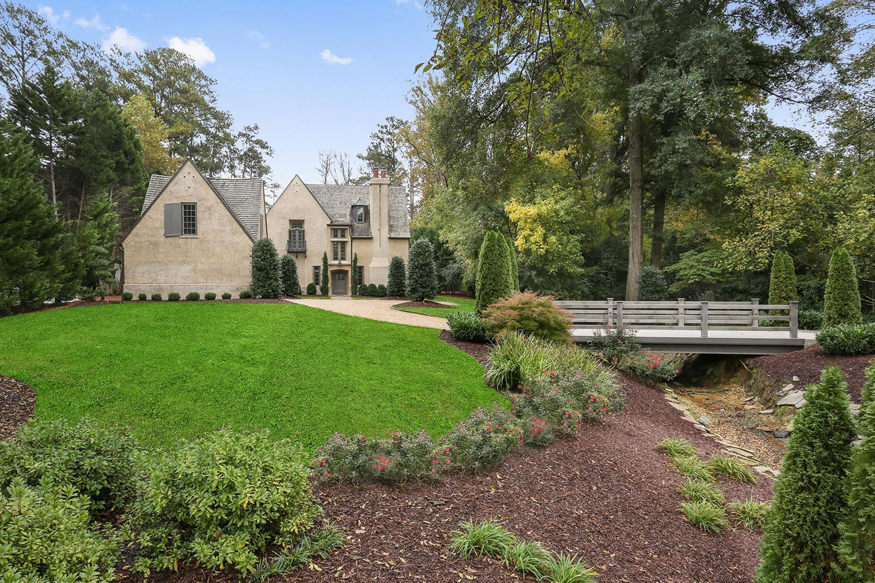 Single Family Home for Sale at Stunning And Immaculate Home Close To Chastain Park 252 Pineland Rd Atlanta, Georgia 30342 United States