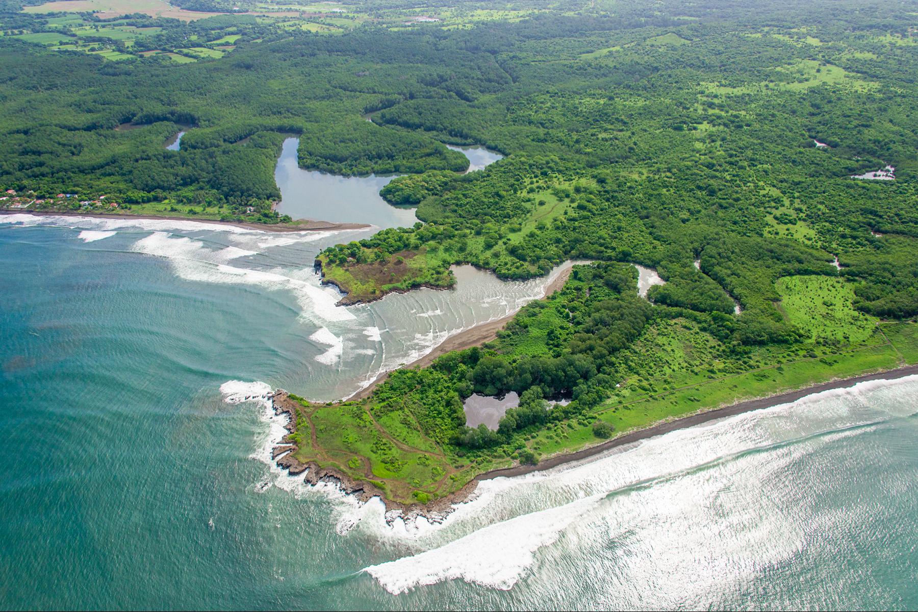 Terreno por un Venta en Punta Loros, Puntarenas Puntarenas, Puntarenas Costa Rica