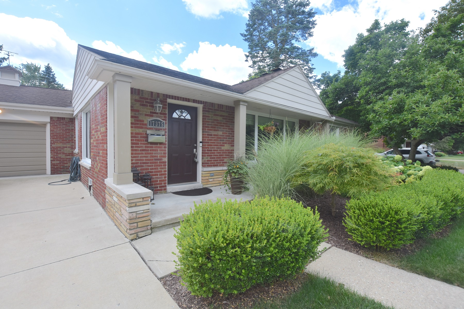 Single Family Homes for Active at Beverly Hills Village 17375 Birwood Avenue Franklin, Michigan 48025 United States