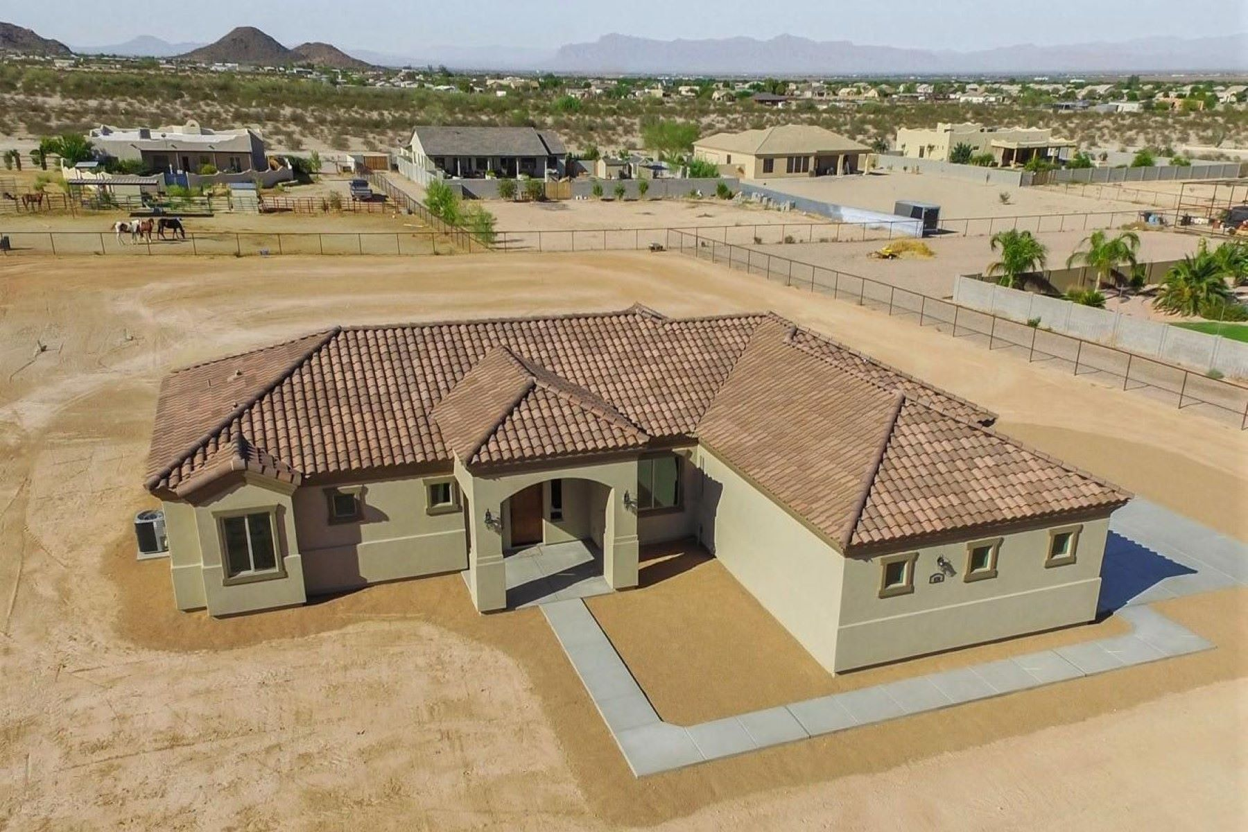 Single Family Home for Sale at Meticulously crafted well-built home 28102 N Edwards Rd San Tan Valley, Arizona, 85143 United States