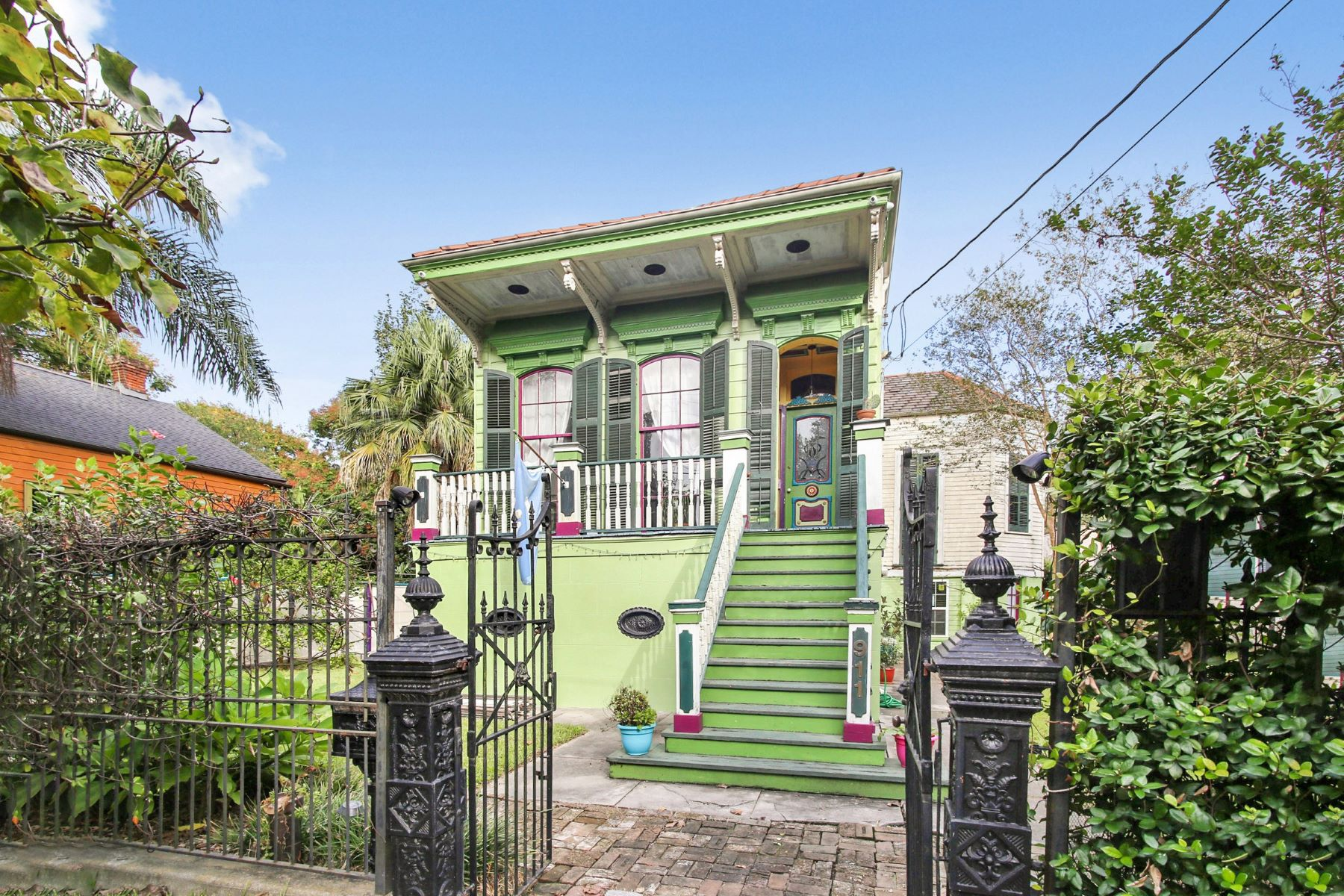 Single Family Home for Sale at 911 Poland Avenue, New Orleans 911 Poland Ave New Orleans, Louisiana 70117 United States