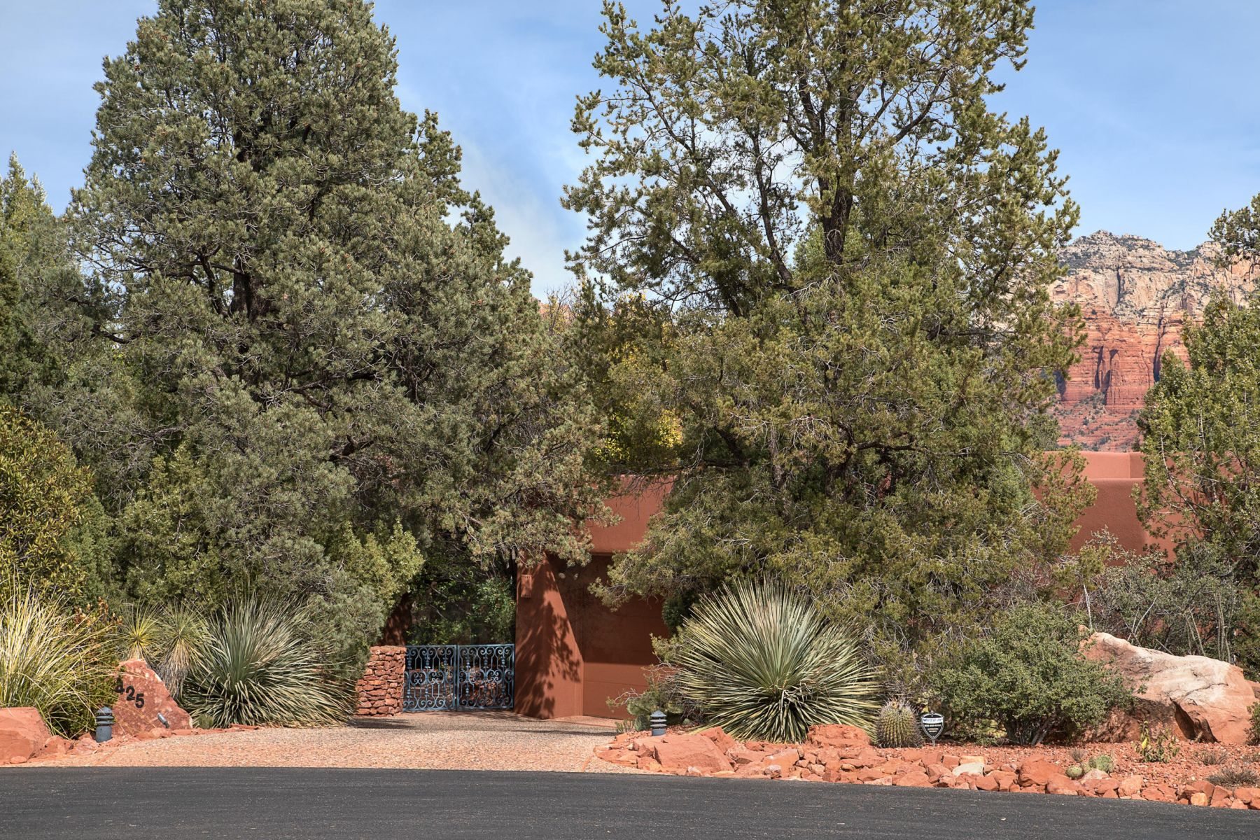 Single Family Home for Sale at Amazing Mystic Hills Home Site 425 Acacia Drive, Sedona, Arizona, 86336 United States