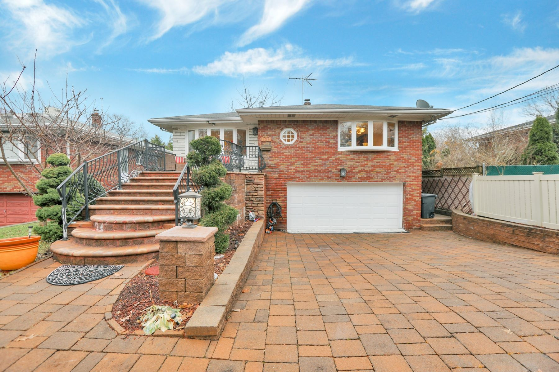 Single Family Homes for Active at Beautifully Renovated 1560 Aston Ter Fort Lee, New Jersey 07024 United States