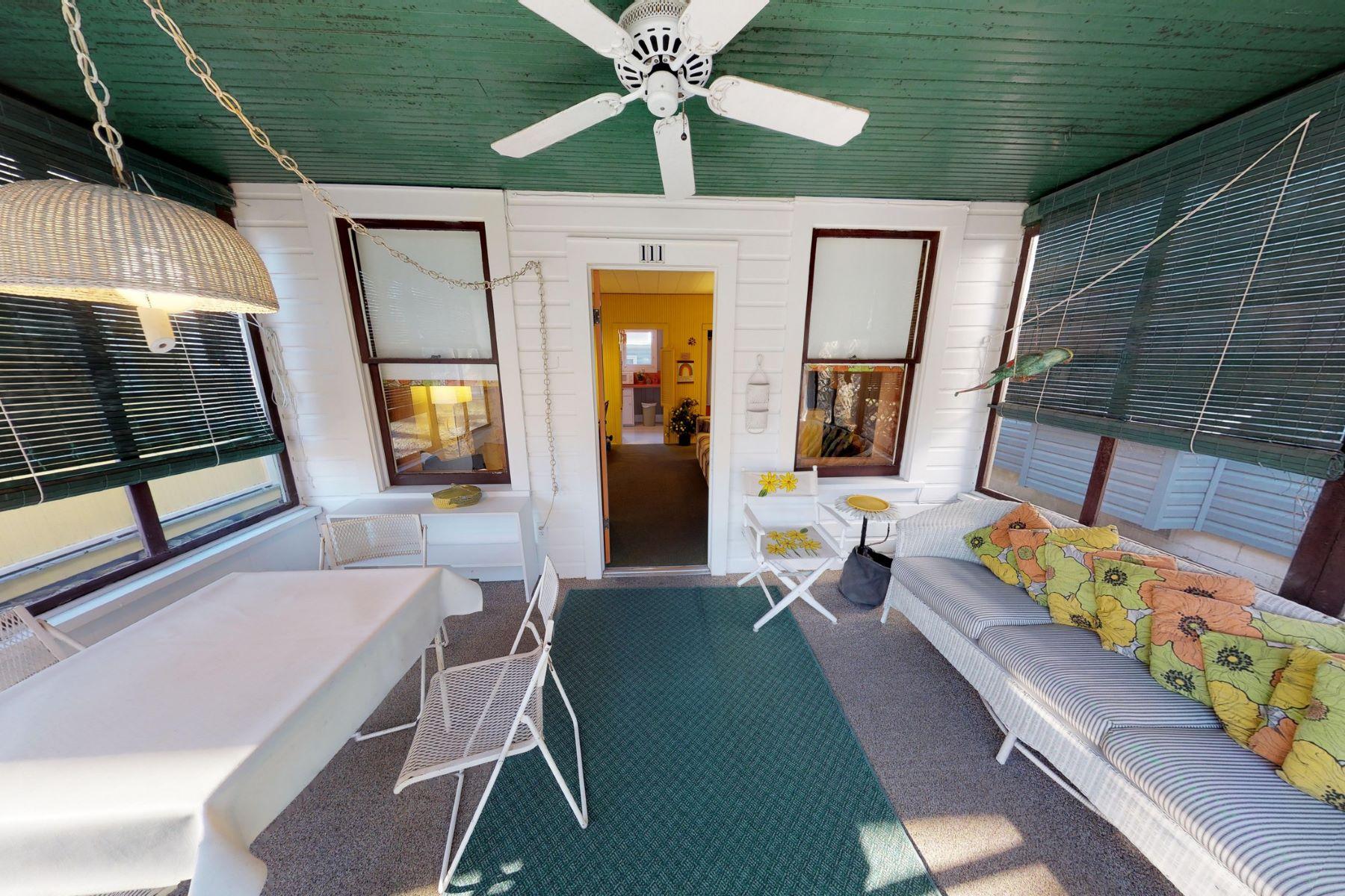 Single Family Homes für Verkauf beim Lakeside, Ohio 43440 Vereinigte Staaten