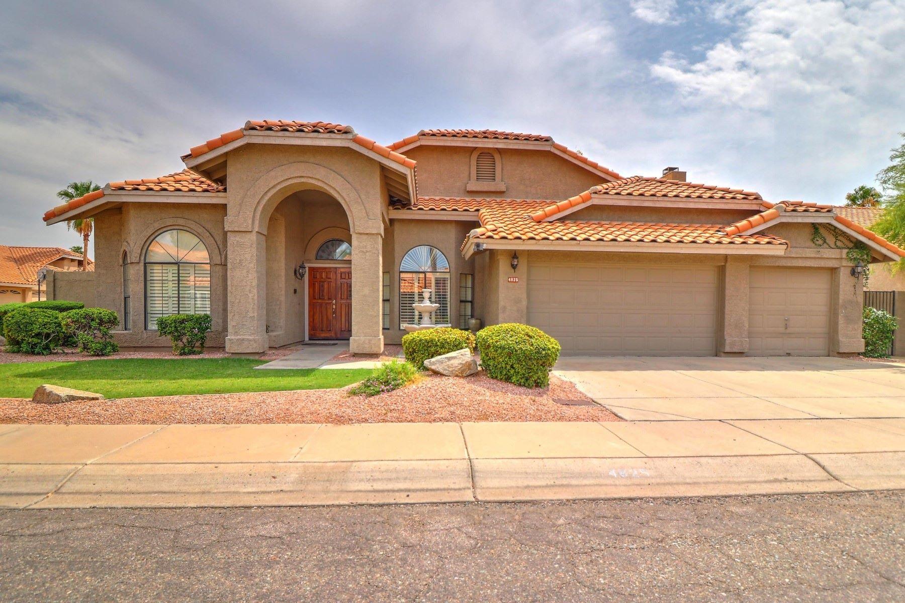 Частный односемейный дом для того Продажа на Lovely Single Story Paradise Valley Home 4825 E Aire Libre Ave, Scottsdale, Аризона, 85254 Соединенные Штаты