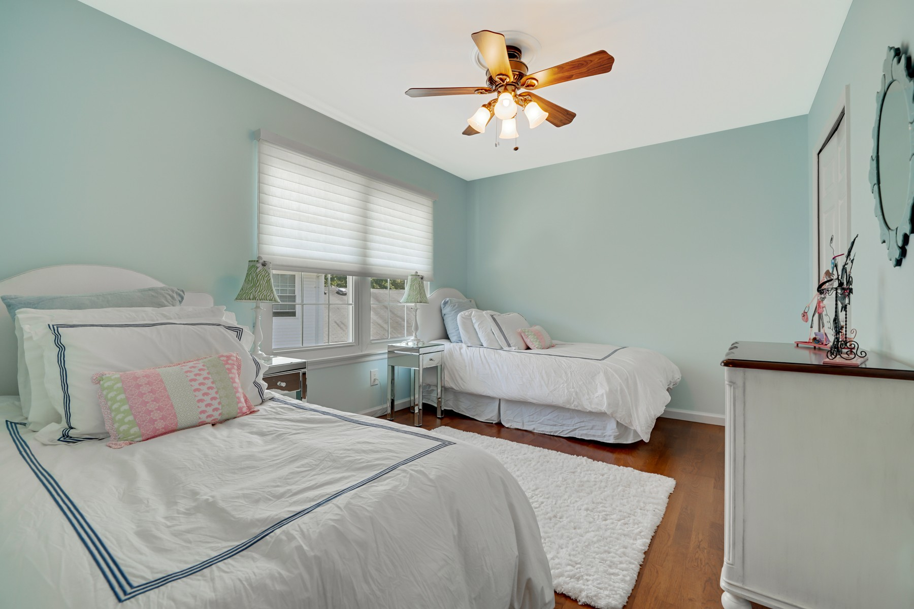 Additional photo for property listing at Easy Living at the Jersey Shore 32 Dogwood Dr Spring Lake Heights, New Jersey 07762 United States