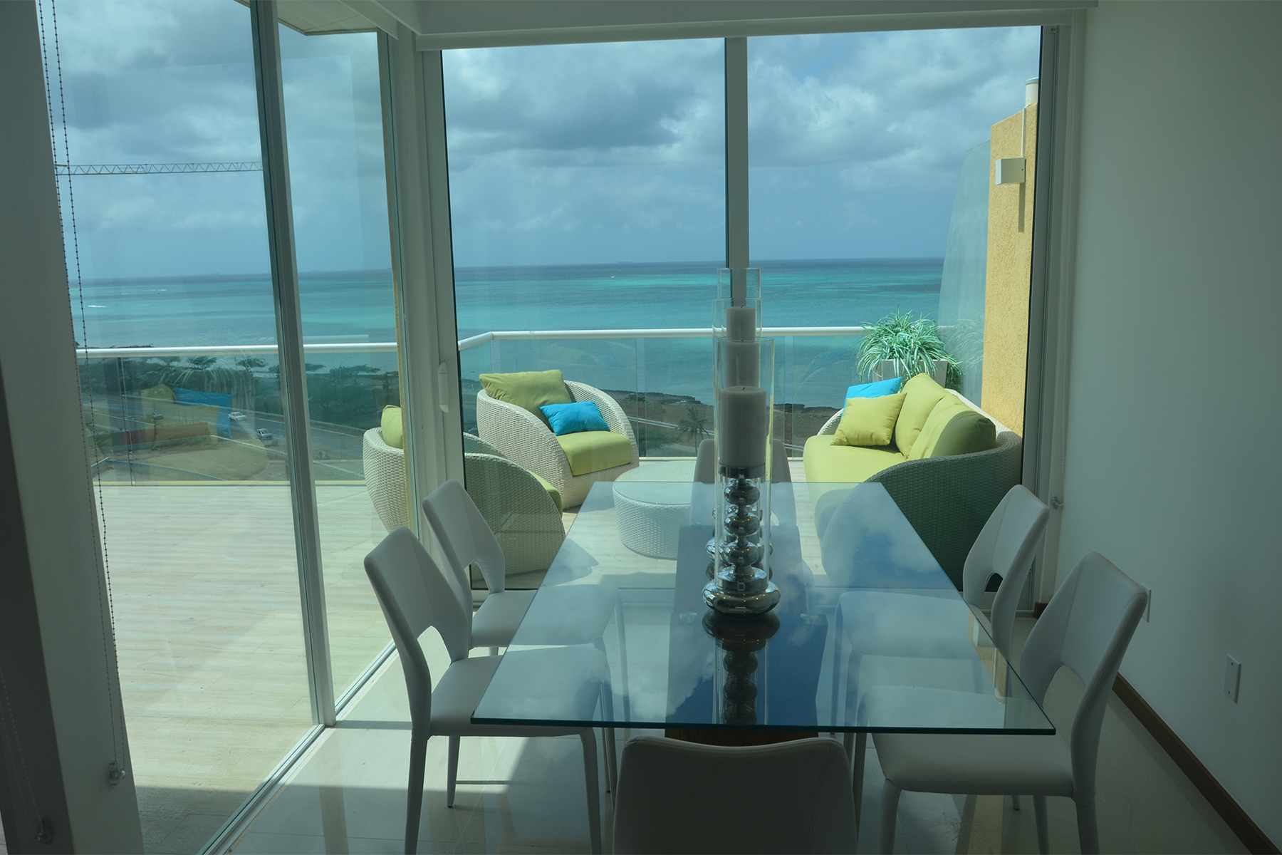 Additional photo for property listing at Blue Residence Club, Penthouse A Eagle Beach, Aruba Aruba