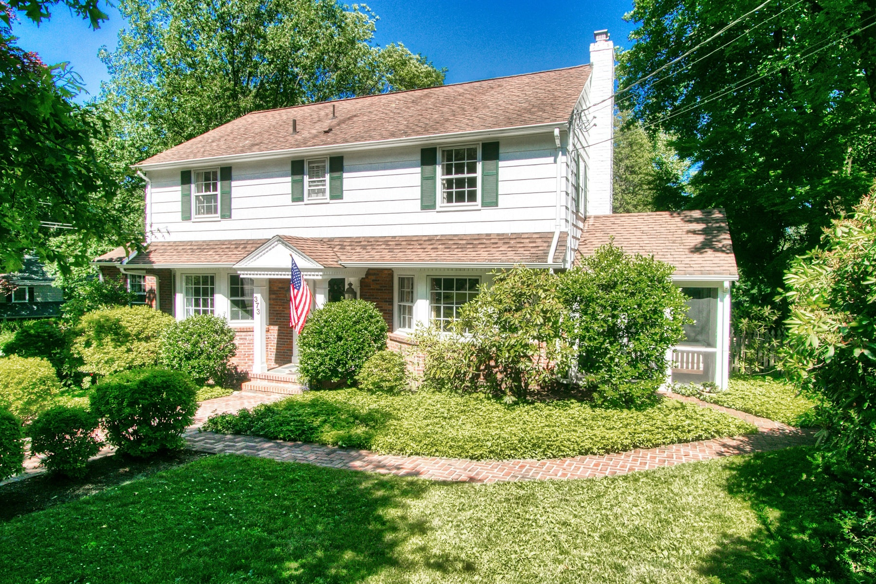 Single Family Homes for Sale at Classic Colonial! 373 Hillcrest Road Ridgewood, New Jersey 07450 United States