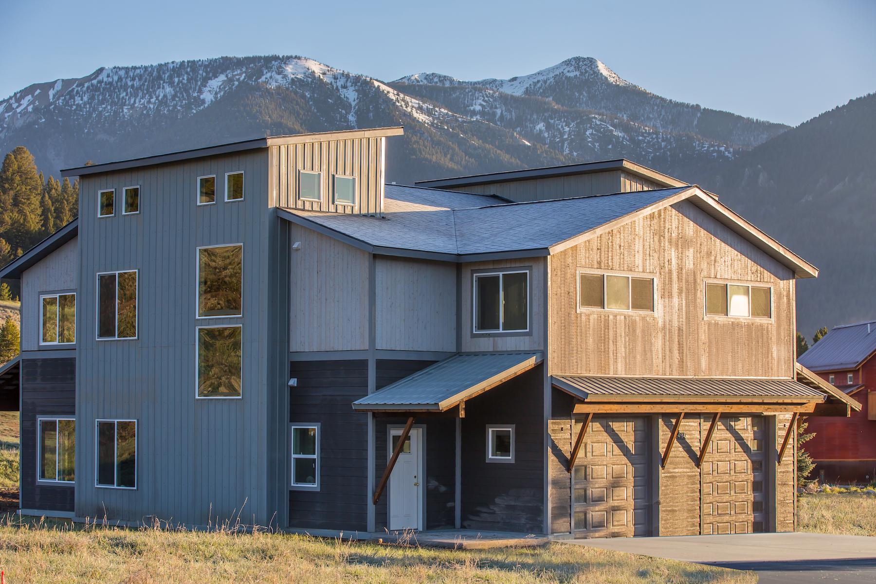 Таунхаус для того Продажа на New Construction Townhome 499 Spruce Cone Unit A Big Sky, Монтана, 59716 Соединенные Штаты