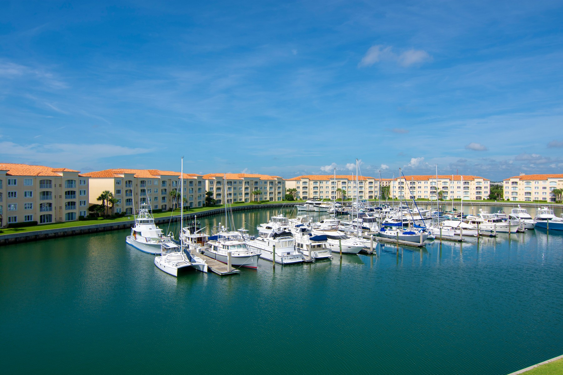 Condominiums for Sale at Penthouse Corner Unit Overlooking Harbour Isle's Prestigious Marina of Yachts 8 Harbour Isle Drive #PH06 Fort Pierce, Florida 34949 United States