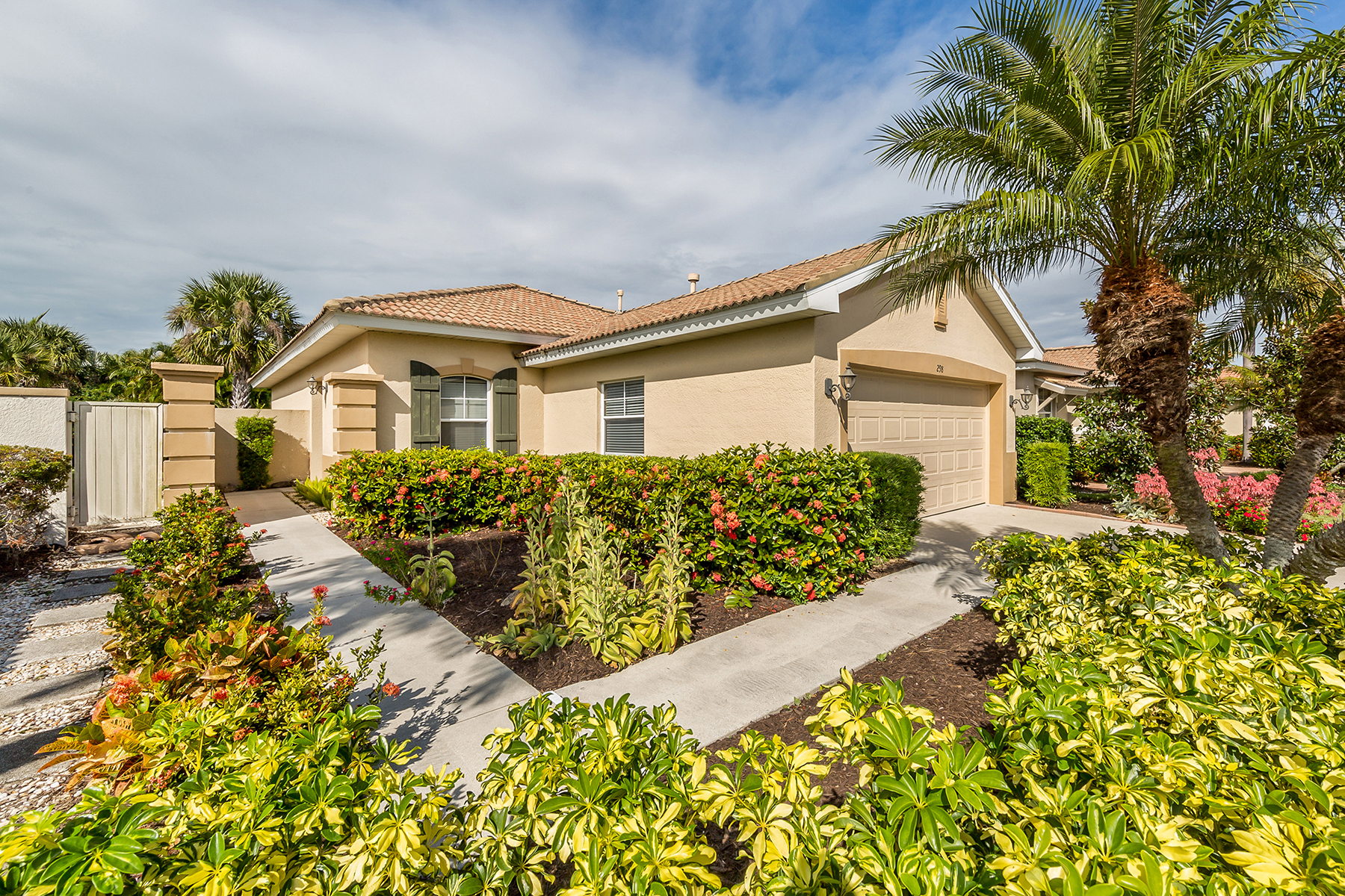 Single Family Homes for Sale at VENETIAN GOLF & RIVER CLUB 298 Padova Way North Venice, Florida 34275 United States
