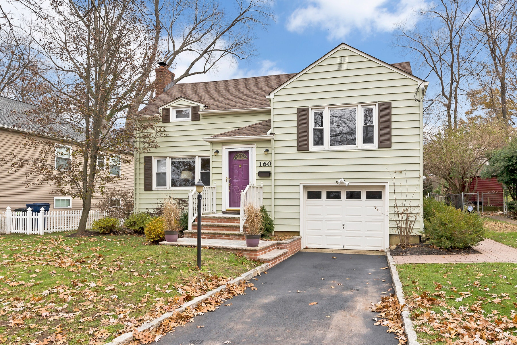 Single Family Home for Sale at Charming Home 160 Marian Ave, Fanwood, New Jersey 07023 United States