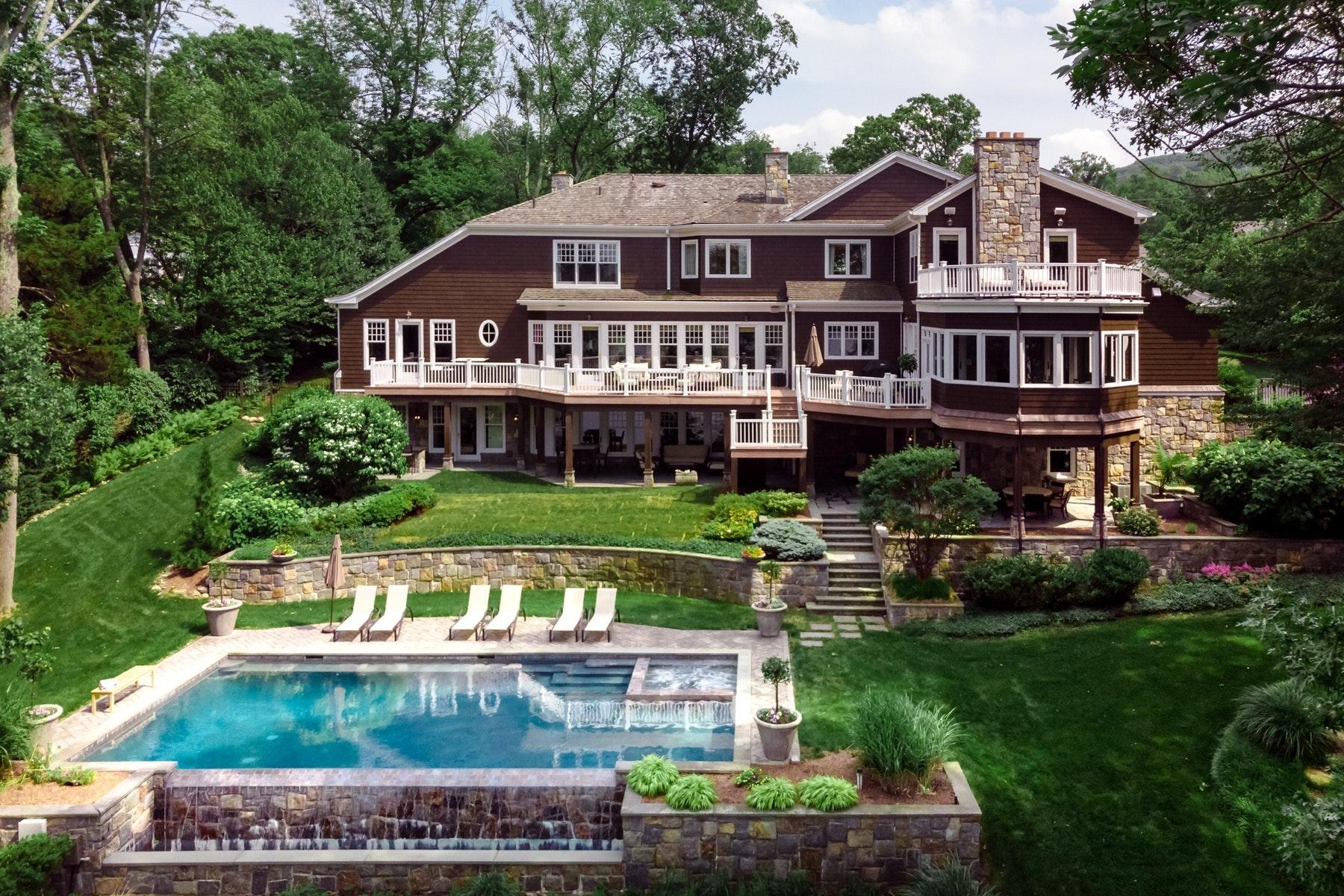 Частный односемейный дом для того Продажа на Waterfront Masion 907 Scioto Drive, Franklin Lakes, Нью-Джерси 07417 Соединенные Штаты